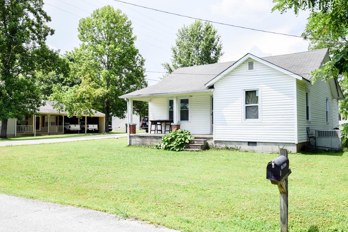 306 Center Dr, Lafayette, TN 37083 - Lafayette, TN real estate listing