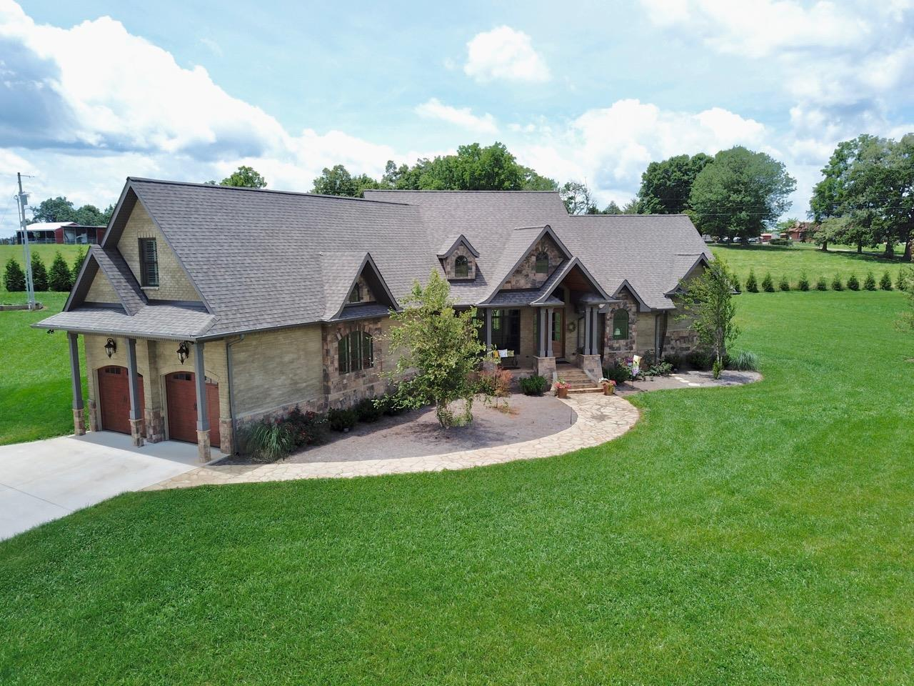 2415 Old Cookeville, Sparta, TN 38583 - Sparta, TN real estate listing