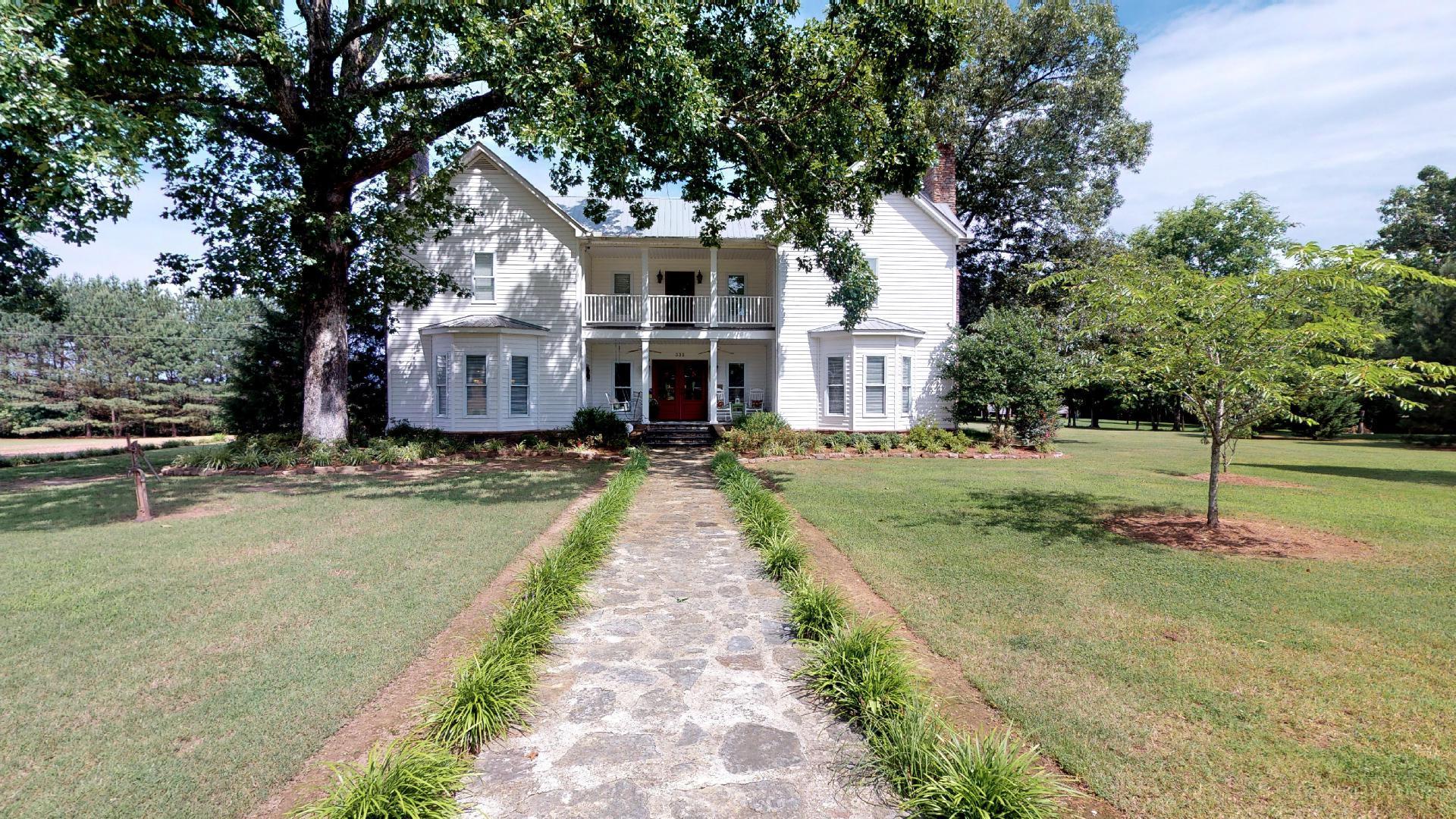 332 Horseshoe Bend Rd, Linden, TN 37096 - Linden, TN real estate listing