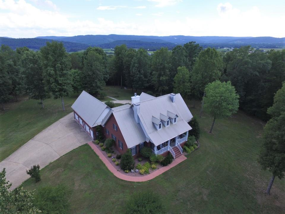 320 Overlook Dr, Sparta, TN 38583 - Sparta, TN real estate listing