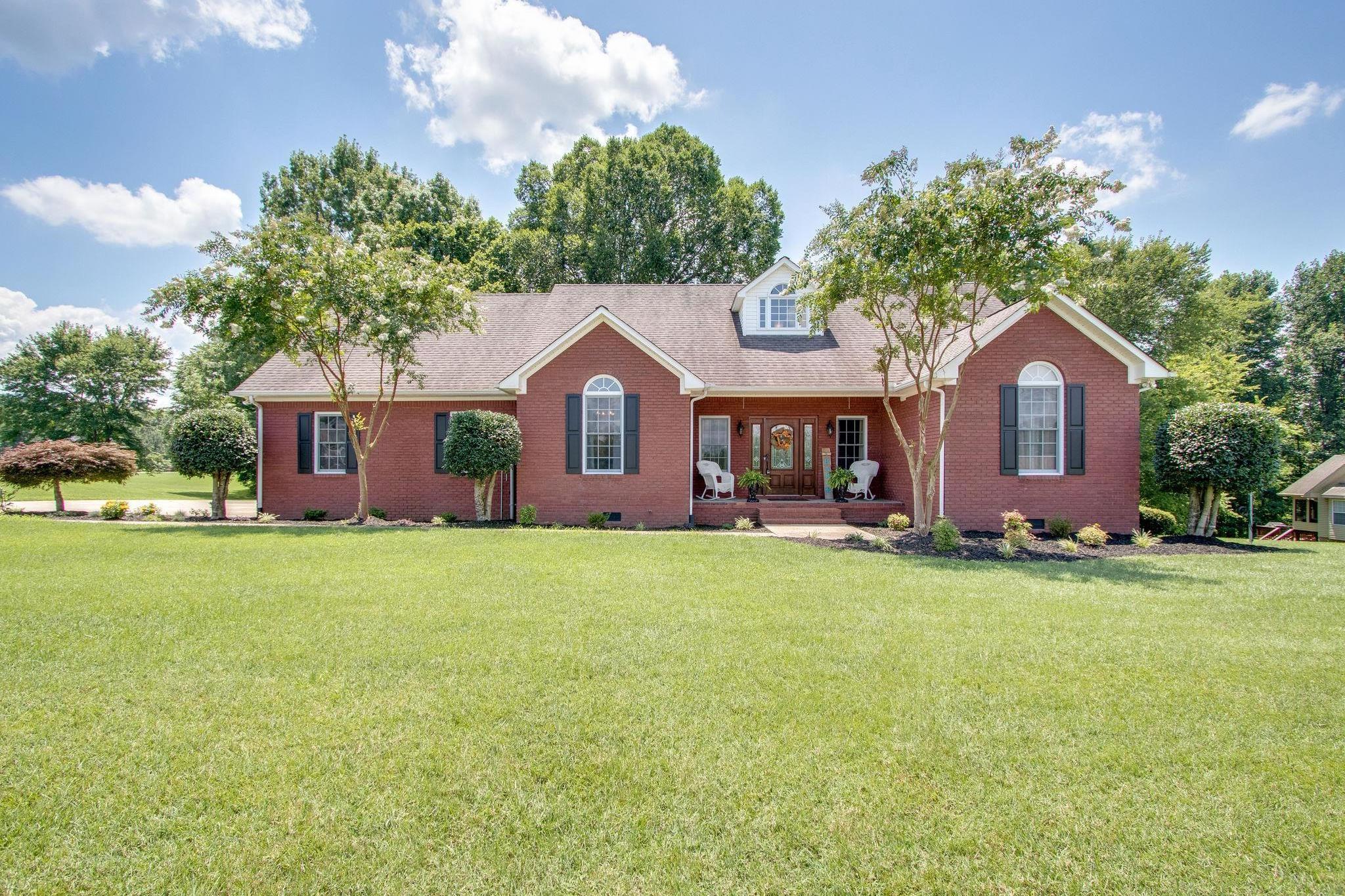 105 Oakview Dr W., Brush Creek, TN 38547 - Brush Creek, TN real estate listing