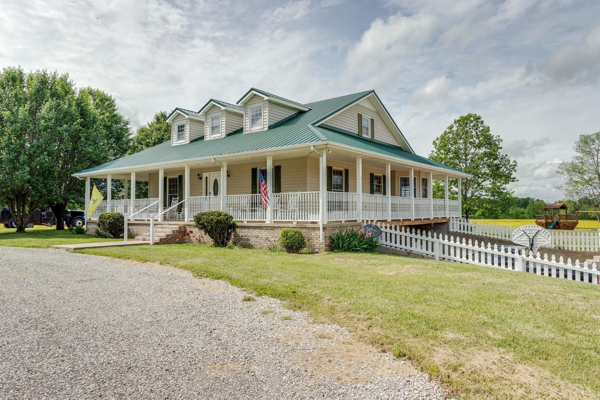 441 Colonial Rd, Hohenwald, TN 38462 - Hohenwald, TN real estate listing