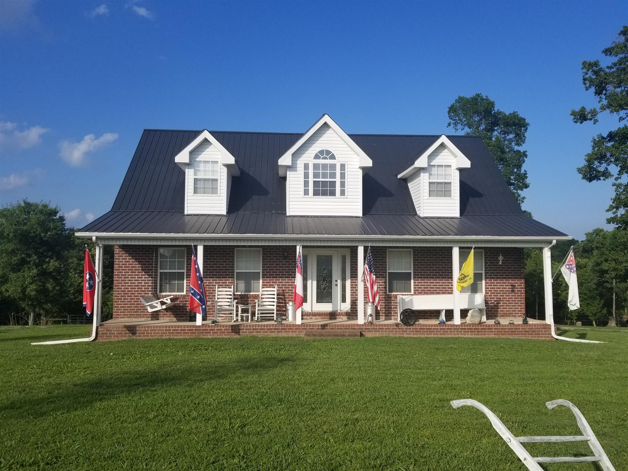 372 W L White Lane, Red Boiling Springs, TN 37150 - Red Boiling Springs, TN real estate listing