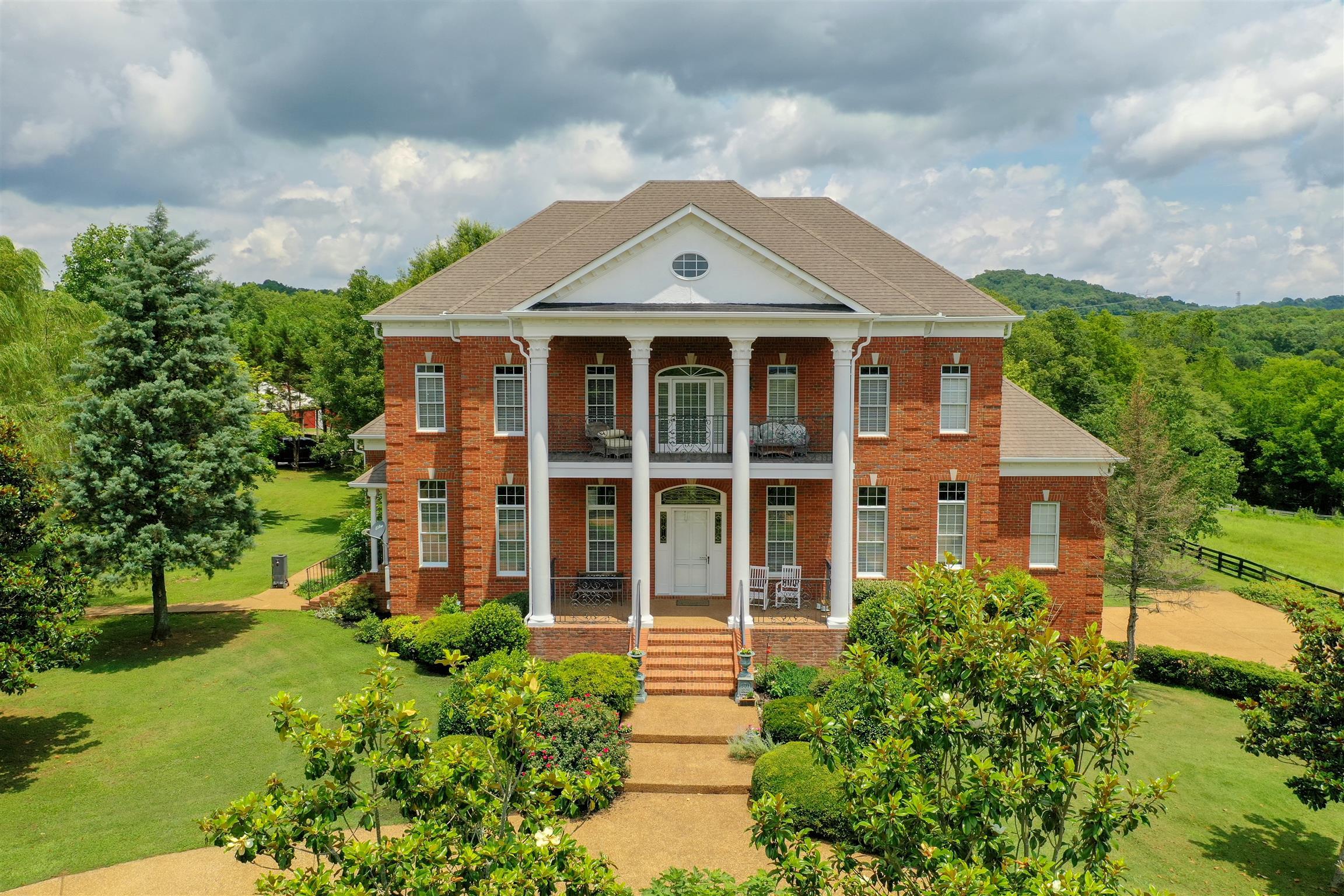 6841 Glenn Lane, College Grove, TN 37046 - College Grove, TN real estate listing