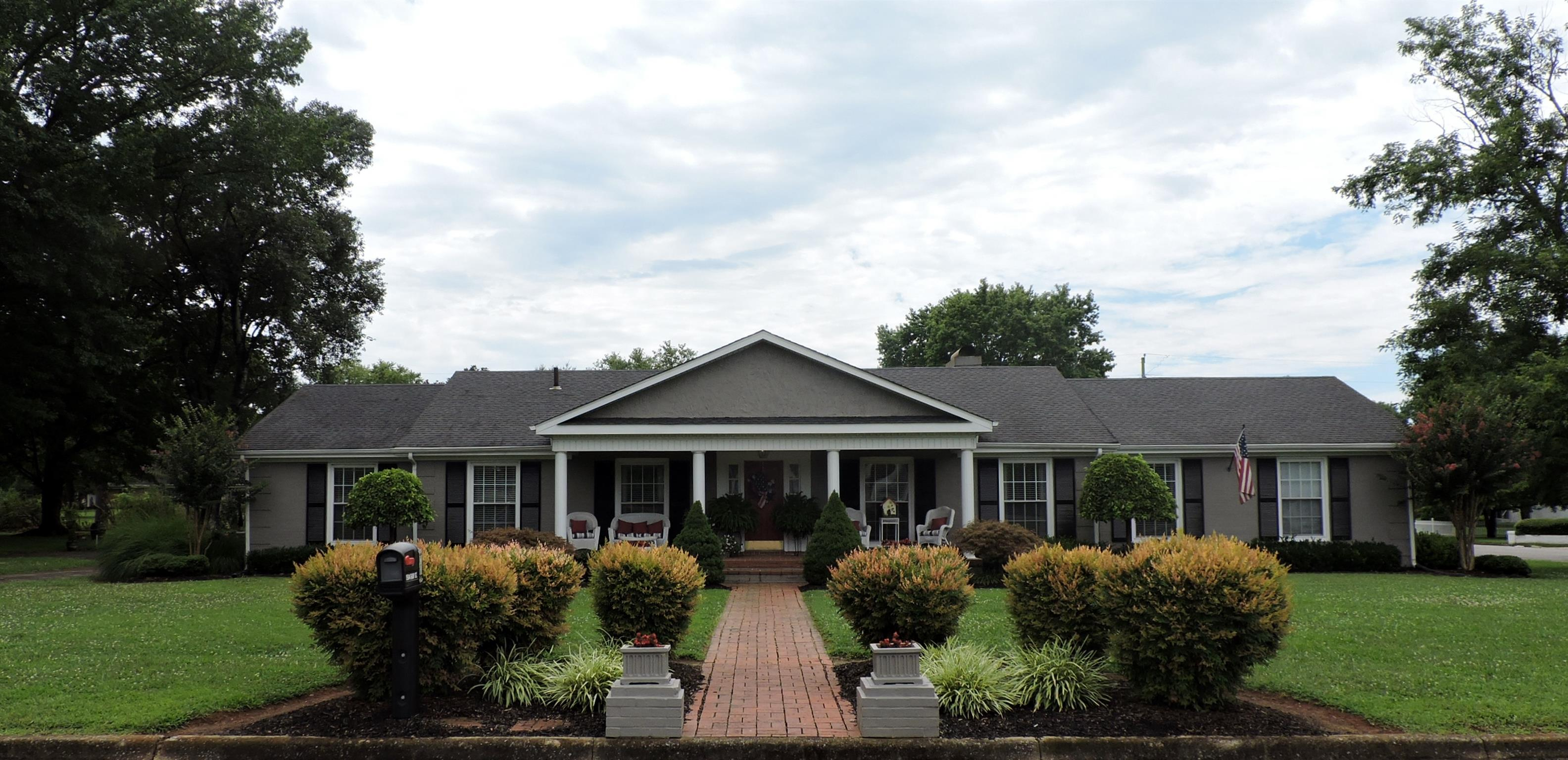 1504 Ray St, Lawrenceburg, TN 38464 - Lawrenceburg, TN real estate listing