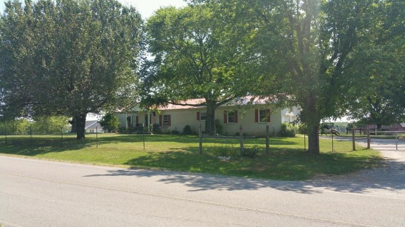 1810 Longview, Bell Buckle, TN 37020 - Bell Buckle, TN real estate listing