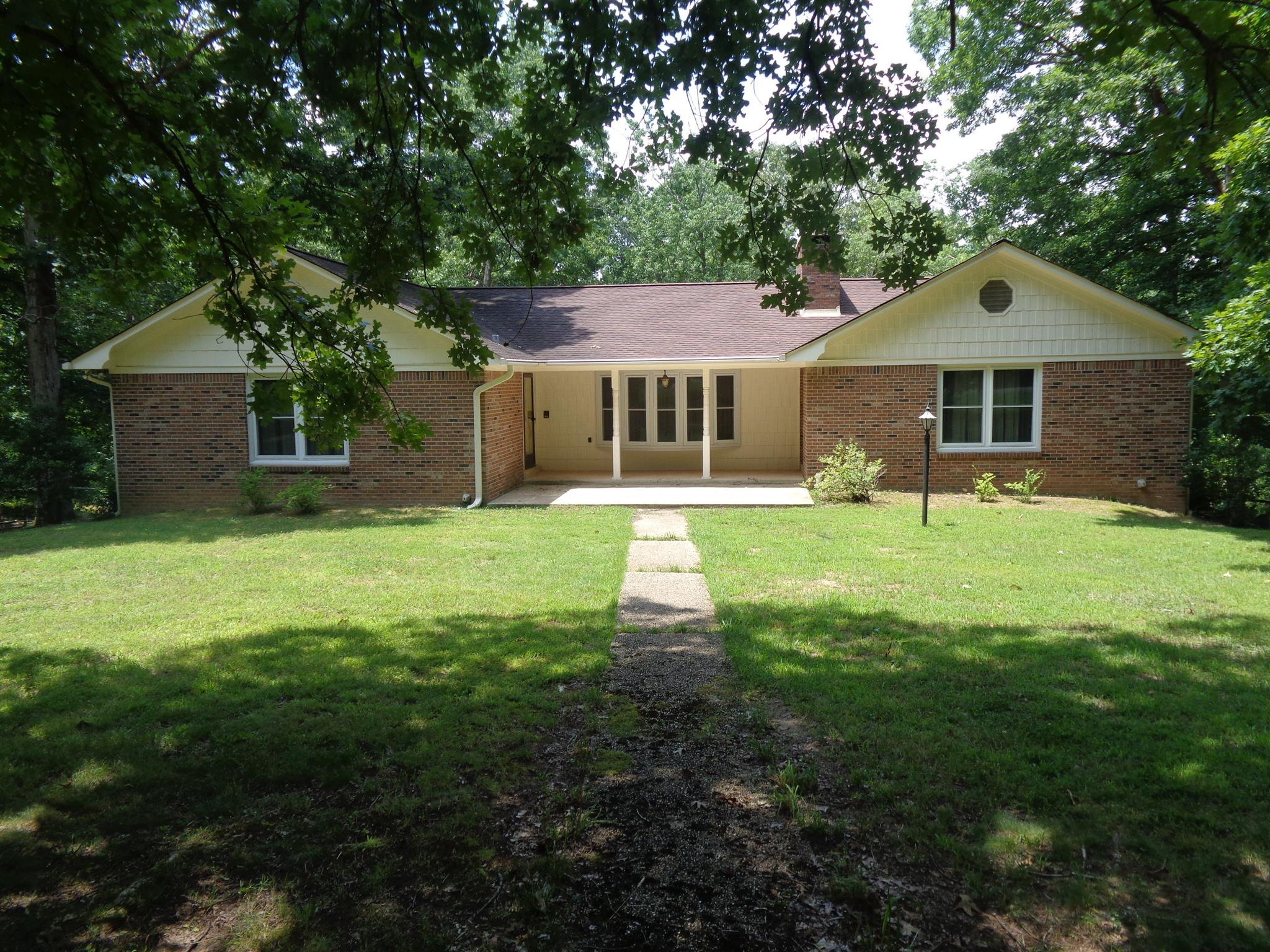 15 Augustine Ln, Loretto, TN 38469 - Loretto, TN real estate listing