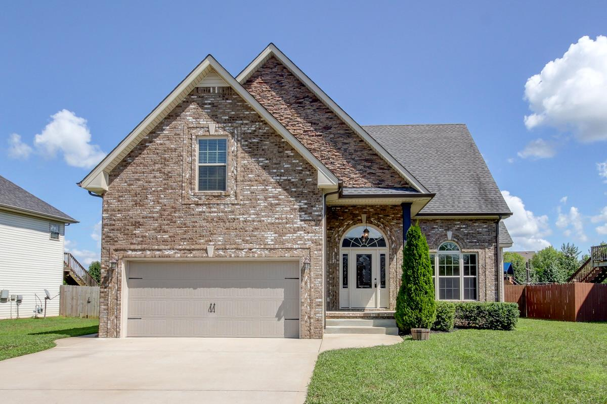 1697 Autumn Dr, Clarksville, TN 37042 - Clarksville, TN real estate listing