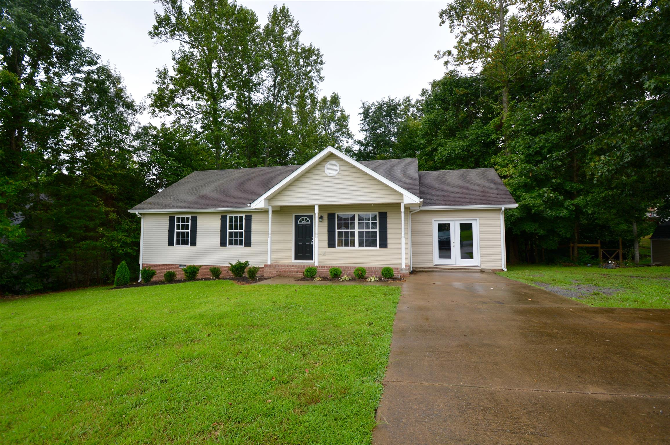 1029 Creek Bottom Rd, White Bluff, TN 37187 - White Bluff, TN real estate listing