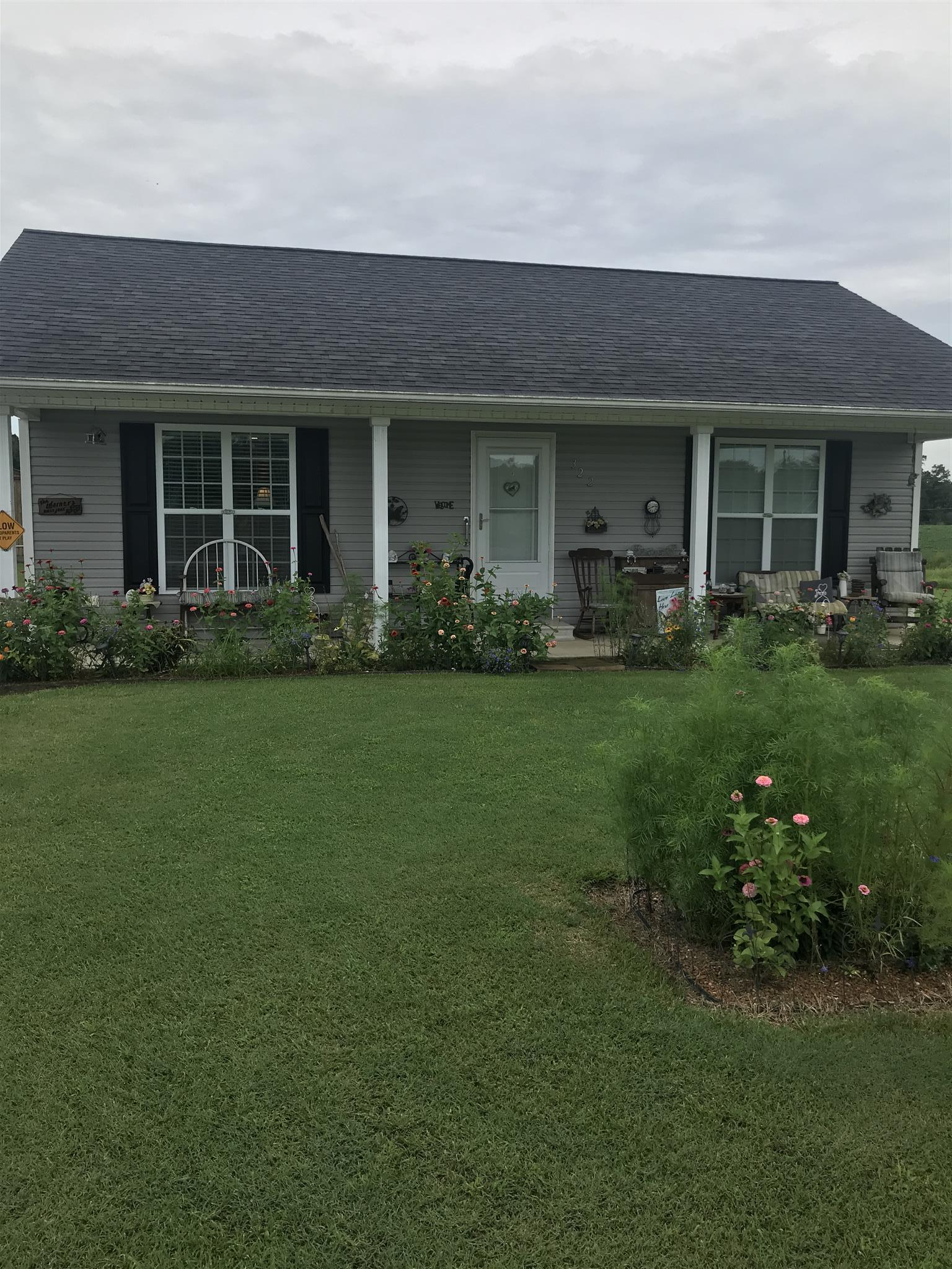 322 Spring St, Loretto, TN 38469 - Loretto, TN real estate listing