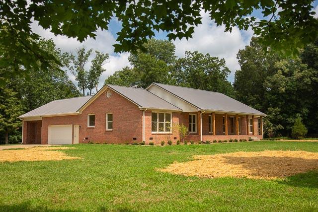 1819 Barker Rd, Columbia, TN 38401 - Columbia, TN real estate listing