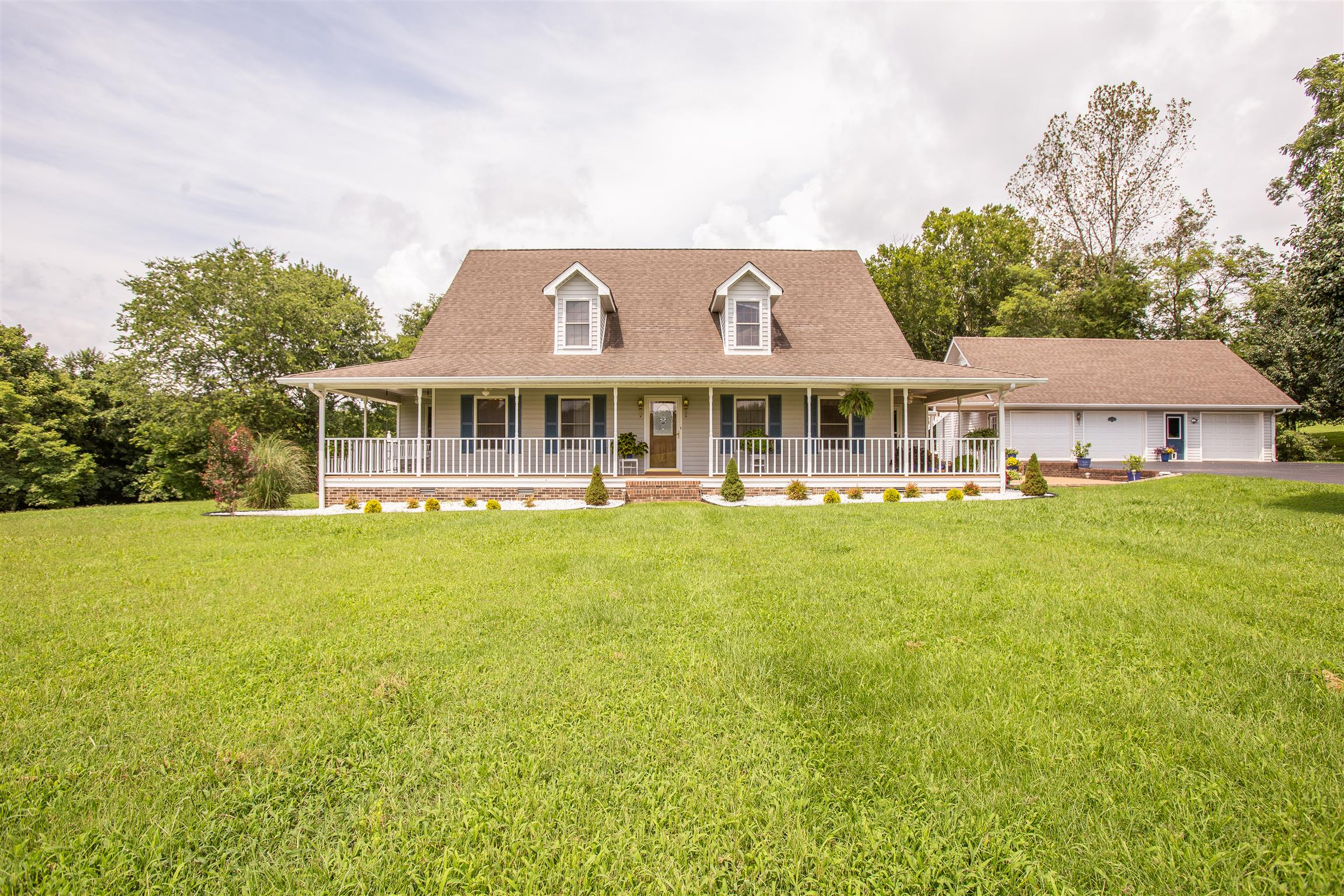 1157 Roseland Dr, Columbia, TN 38401 - Columbia, TN real estate listing