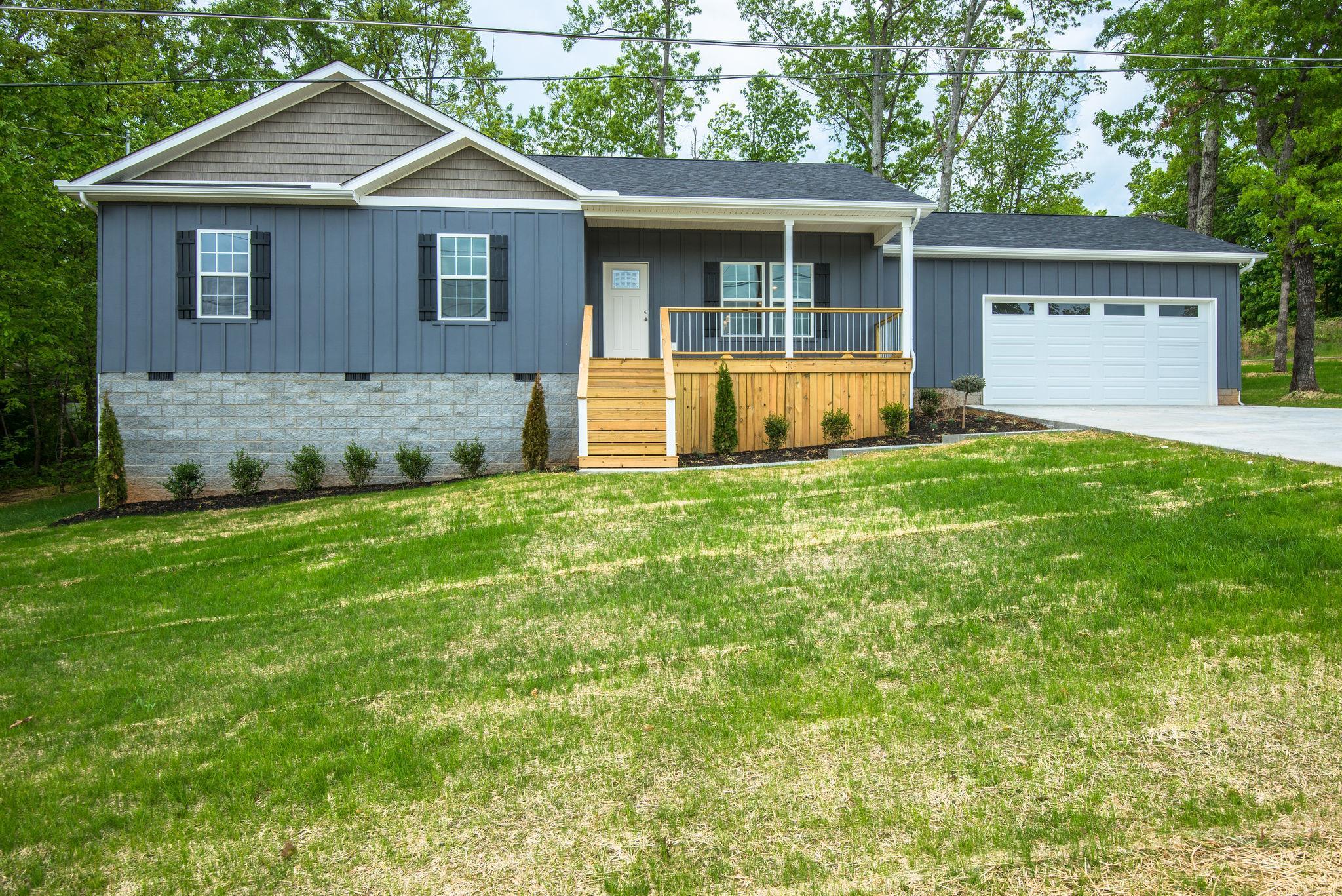 1002 Edgewood Drive, Dickson, TN 37055 - Dickson, TN real estate listing