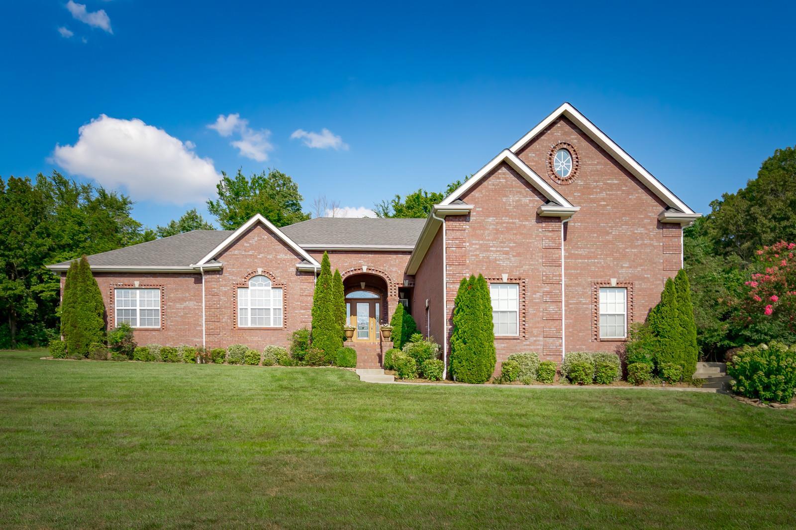 1990 Mossy Oak Cir, Clarksville, TN 37043 - Clarksville, TN real estate listing