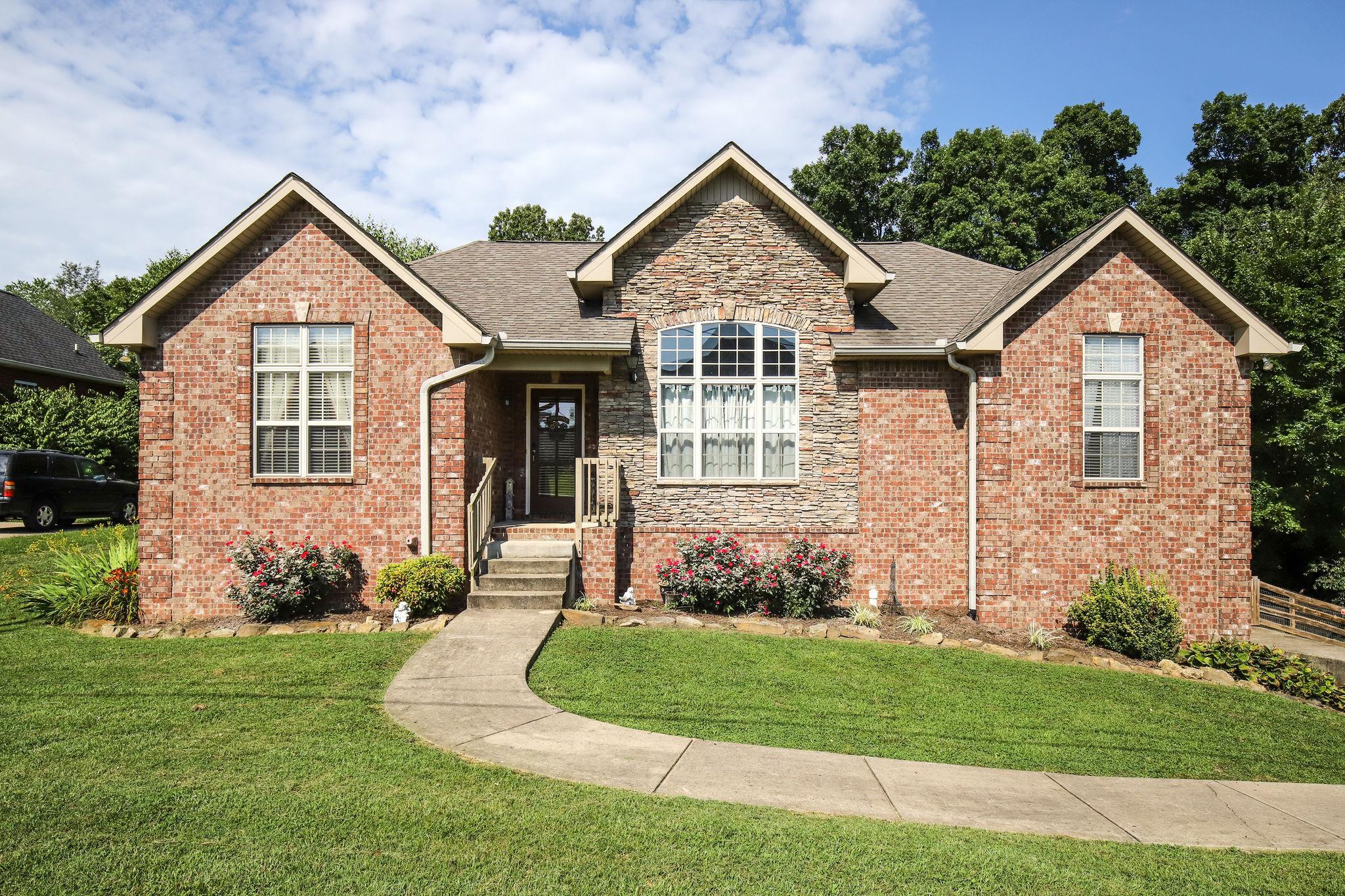 4030 Brimestone Way, Greenbrier, TN 37073 - Greenbrier, TN real estate listing