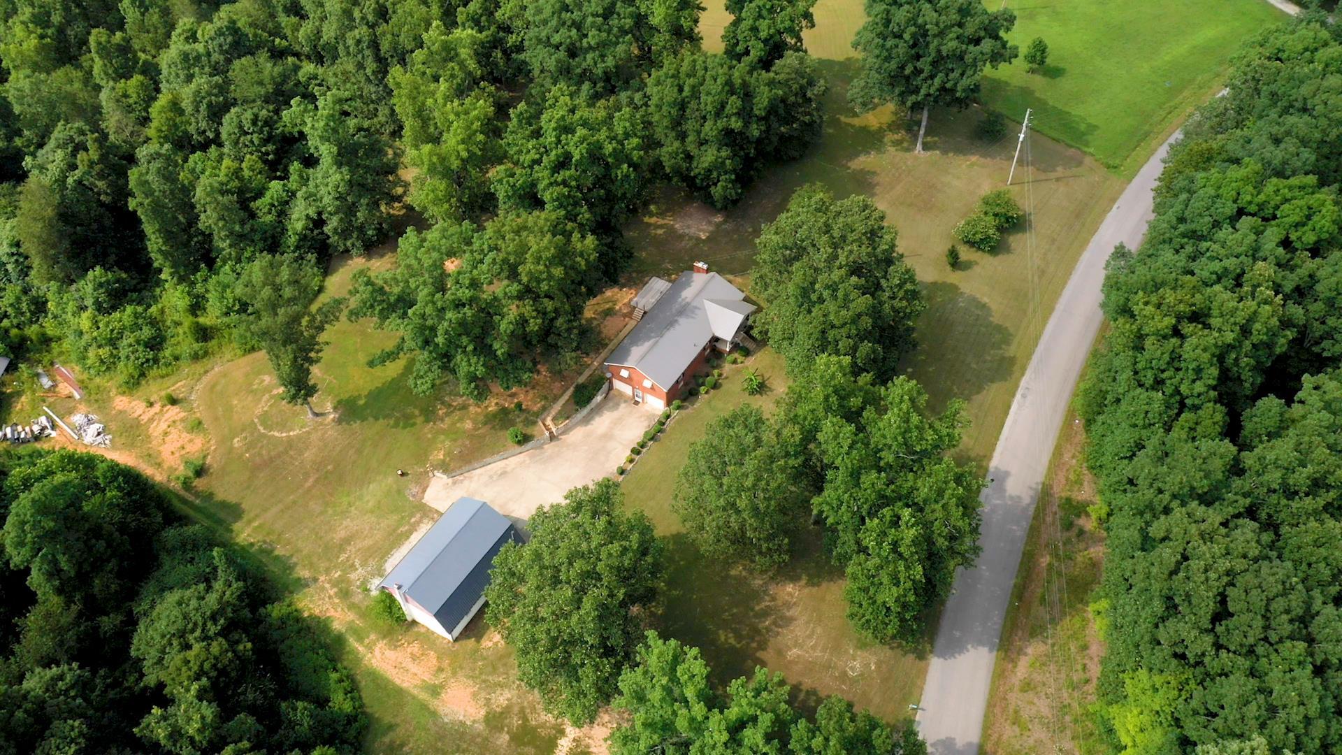 9508 S Lick Creek Rd, Lyles, TN 37098 - Lyles, TN real estate listing