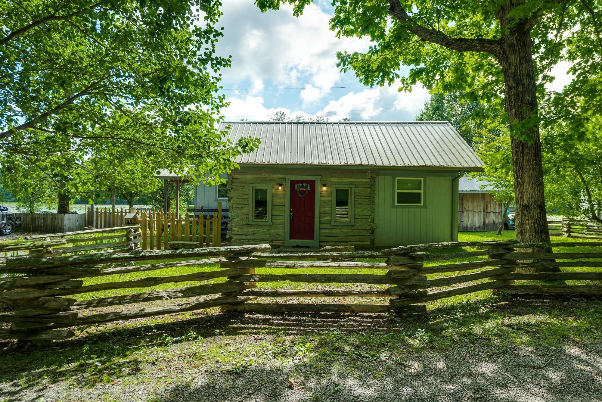 179 Holiday Ln, Sparta, TN 38583 - Sparta, TN real estate listing