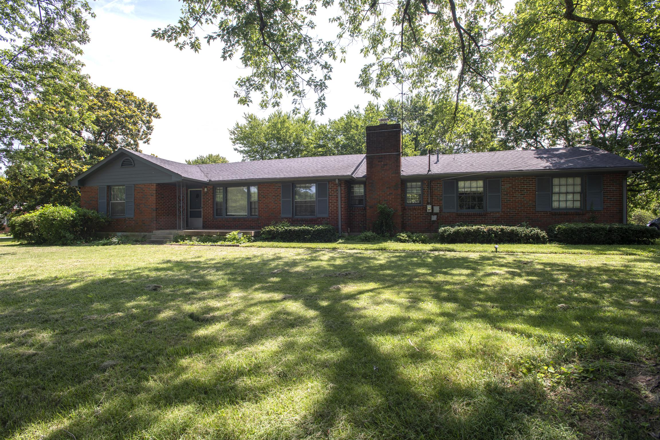 616 Ronnie Rd, Madison, TN 37115 - Madison, TN real estate listing