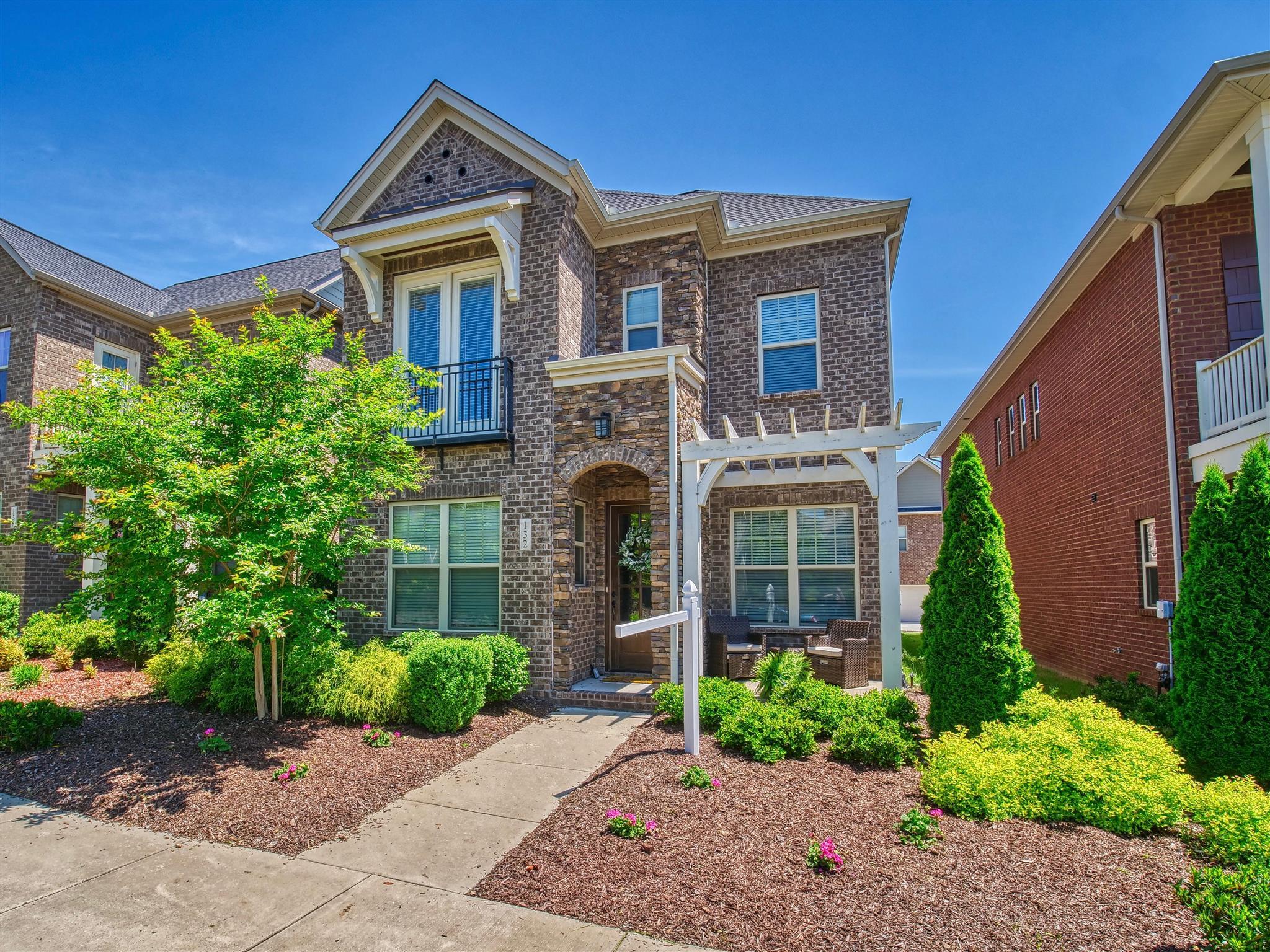132 Ashcrest Pt, Hendersonville, TN 37075 - Hendersonville, TN real estate listing