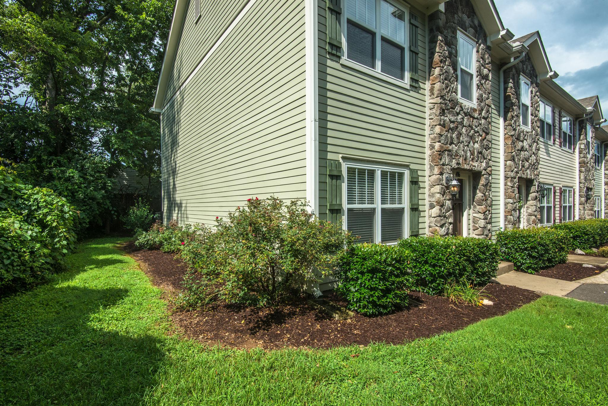Brookstone Townhomes Real Estate Listings Main Image