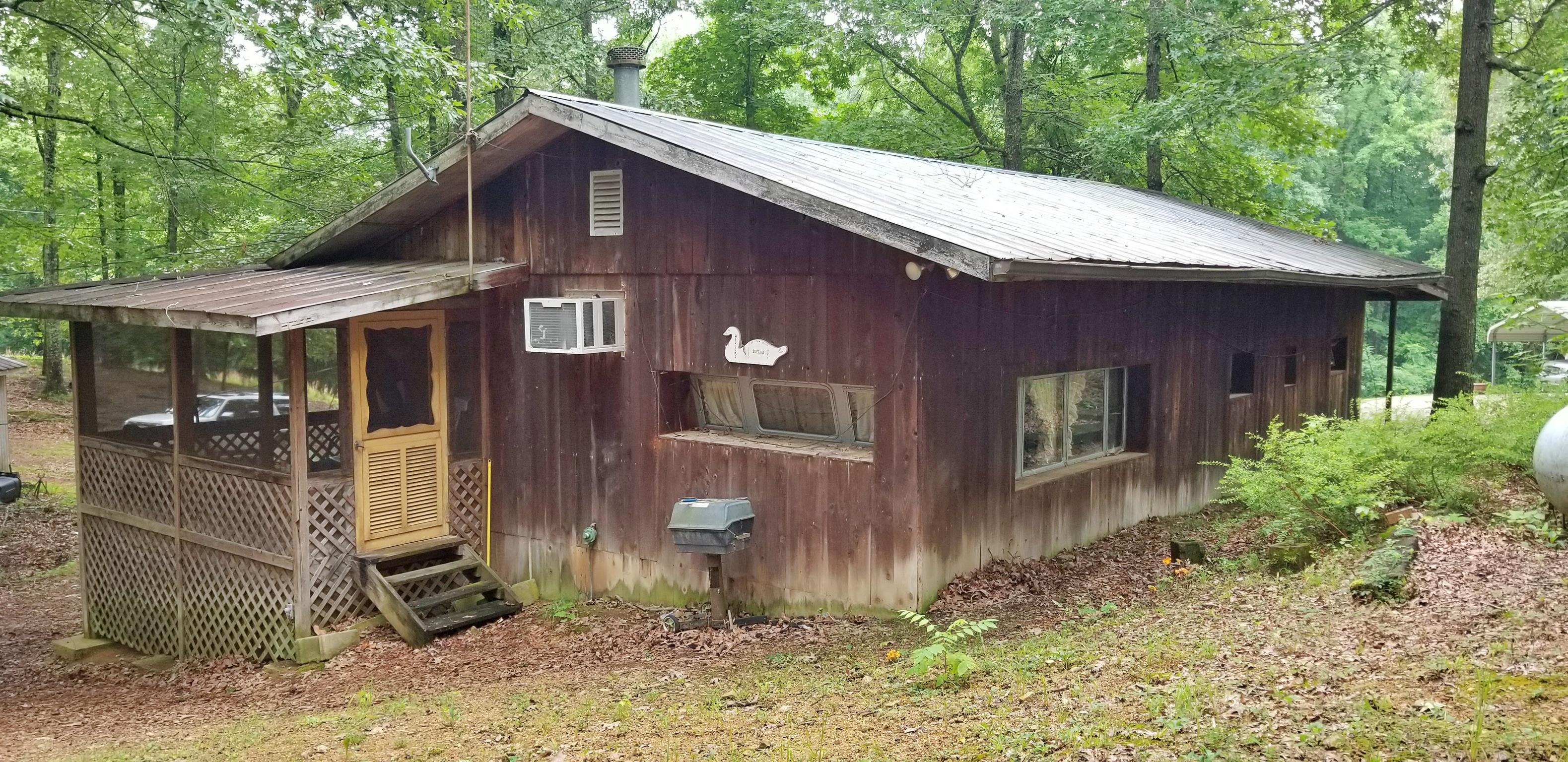 11248 Crooked Creek Rd, Lobelville, TN 37097 - Lobelville, TN real estate listing