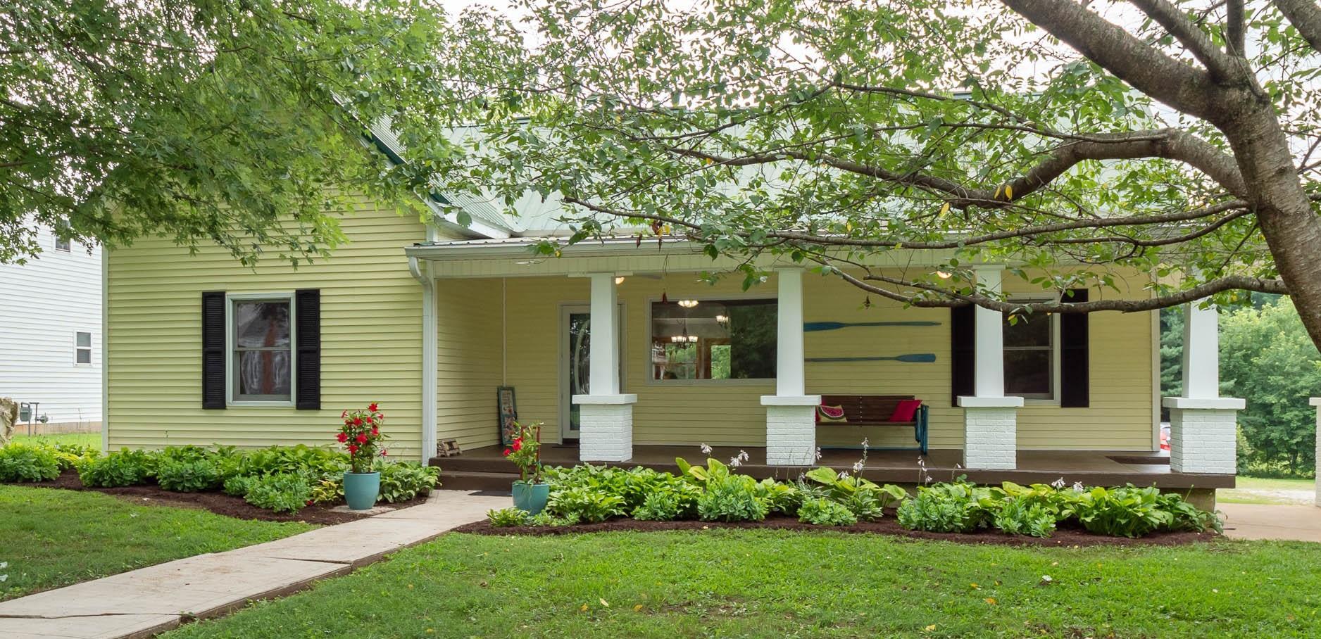 209 S Russell St, Portland, TN 37148 - Portland, TN real estate listing
