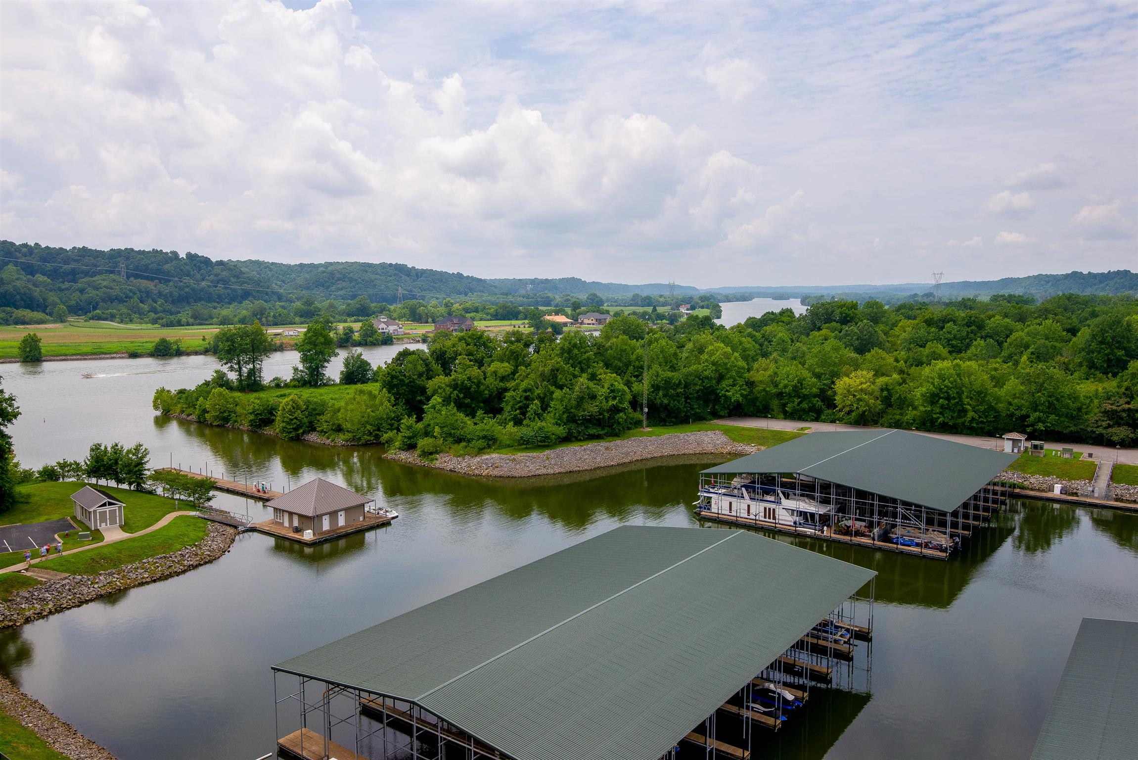 400 Warioto Way Apt 902, Ashland City, TN 37015 - Ashland City, TN real estate listing