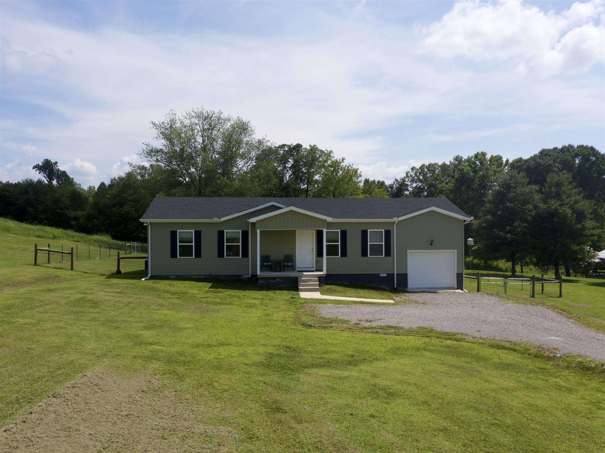 407 New Middleton Hwy, Gordonsville, TN 38563 - Gordonsville, TN real estate listing