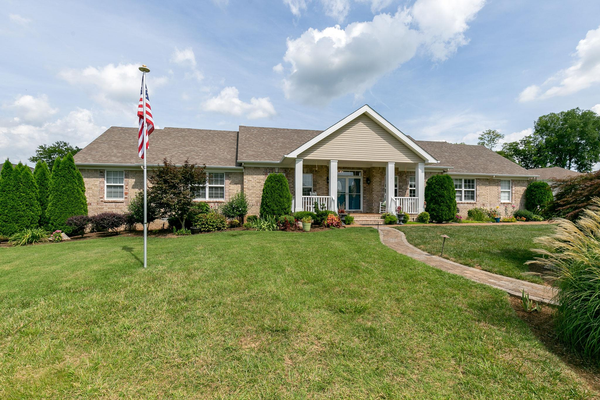 614 Natalie Ln, Spring Hill, TN 37174 - Spring Hill, TN real estate listing