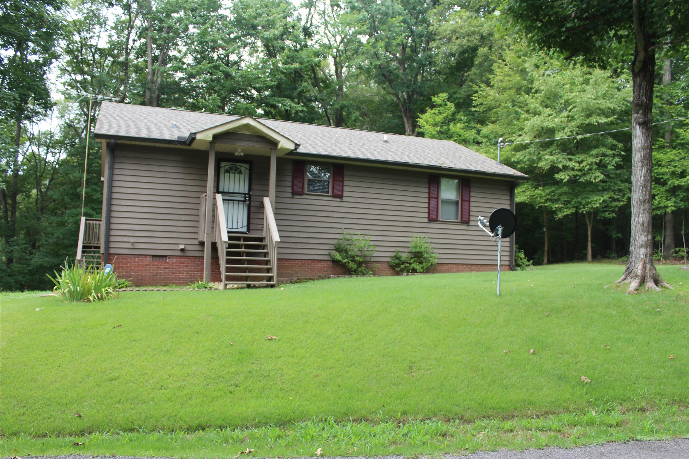 110 Woodland Trl Property Photo - Bumpus Mills, TN real estate listing
