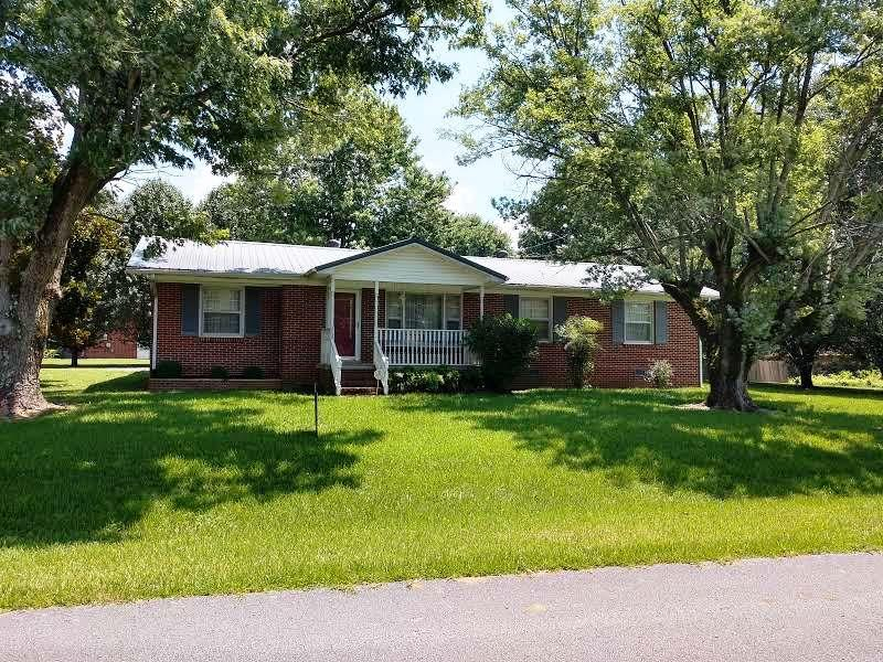 860 Je Evins Ave, Smithville, TN 37166 - Smithville, TN real estate listing