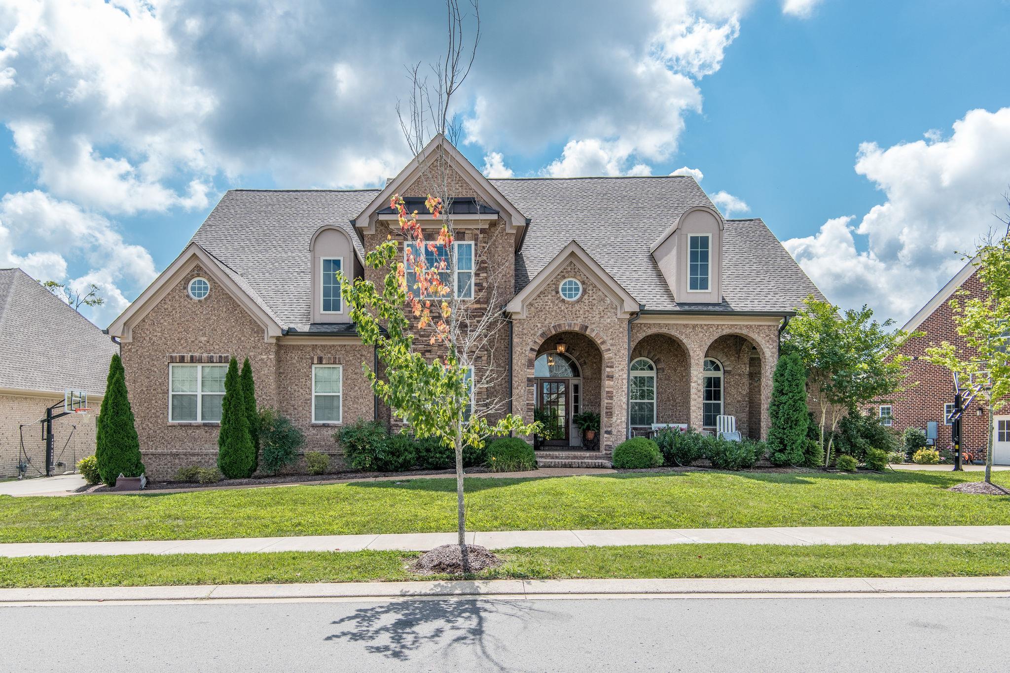 2208 Dunblane Ln, Franklin, TN 37069 - Franklin, TN real estate listing