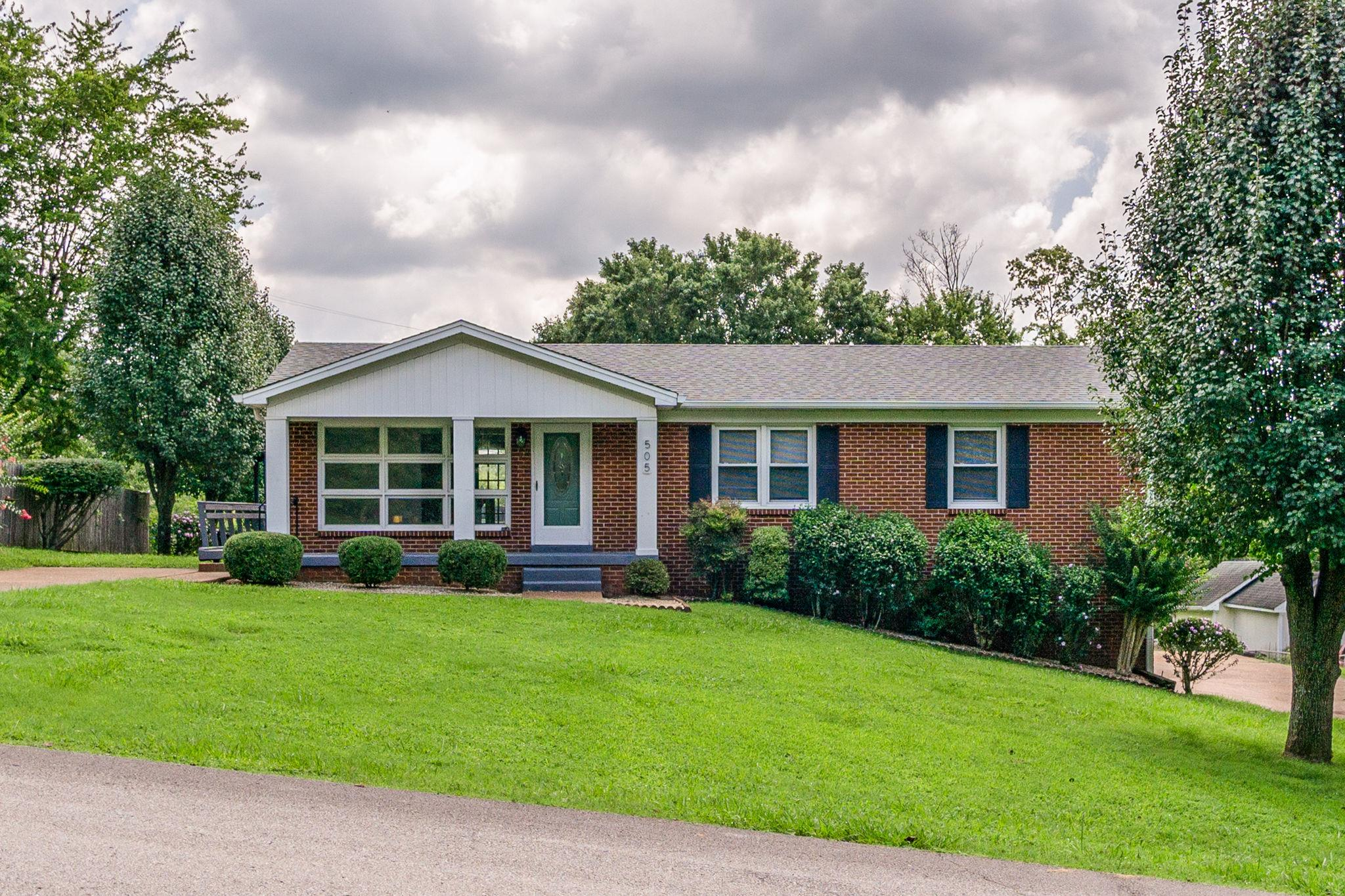 505 Cheyenne Trl, Columbia, TN 38401 - Columbia, TN real estate listing