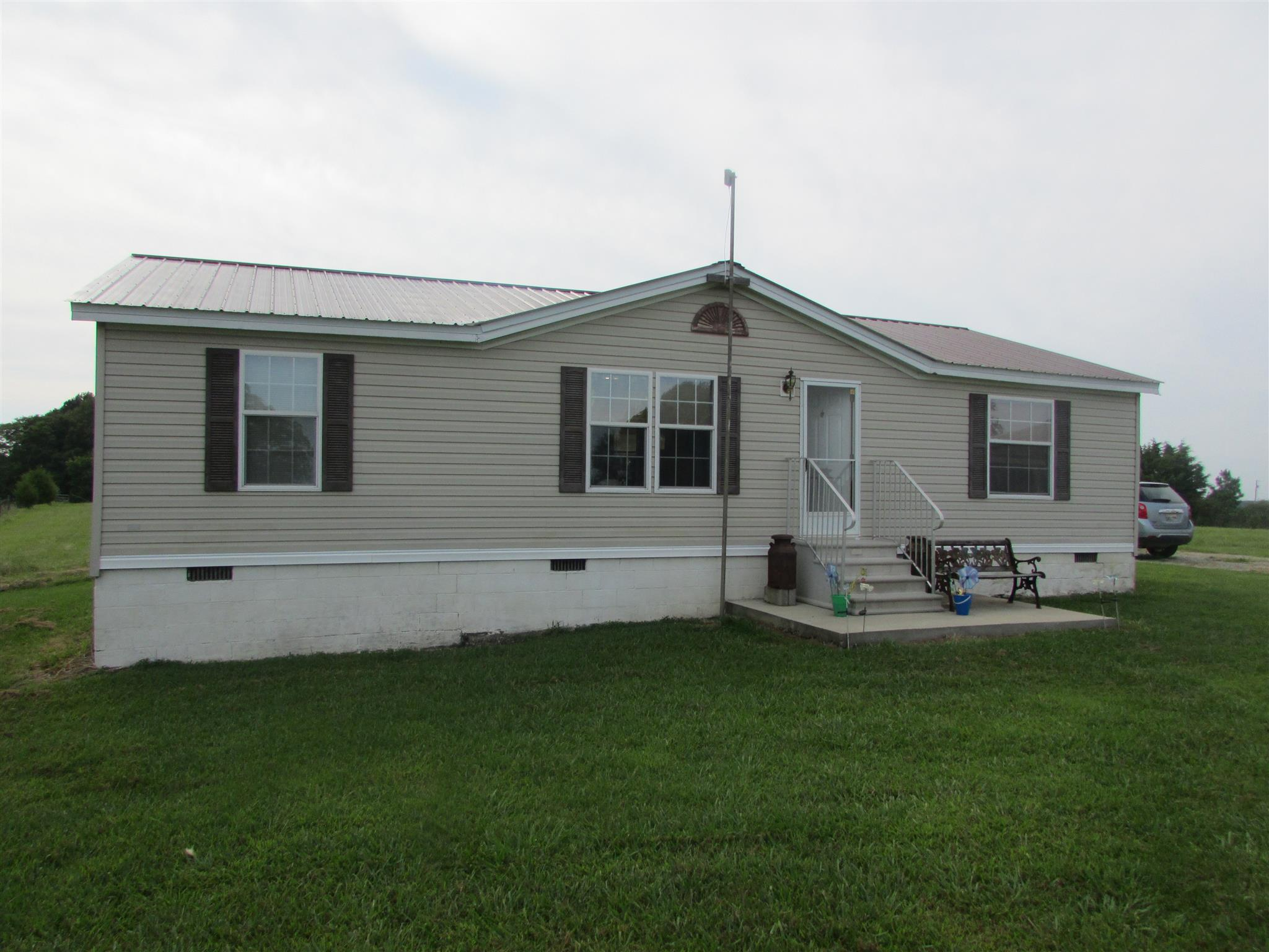 9833 Buttermilk Ridge Rd, N, Lawrenceburg, TN 38464 - Lawrenceburg, TN real estate listing