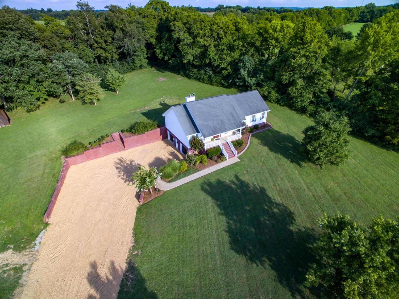 1162 Carters Creek Pike, Columbia, TN 38401 - Columbia, TN real estate listing