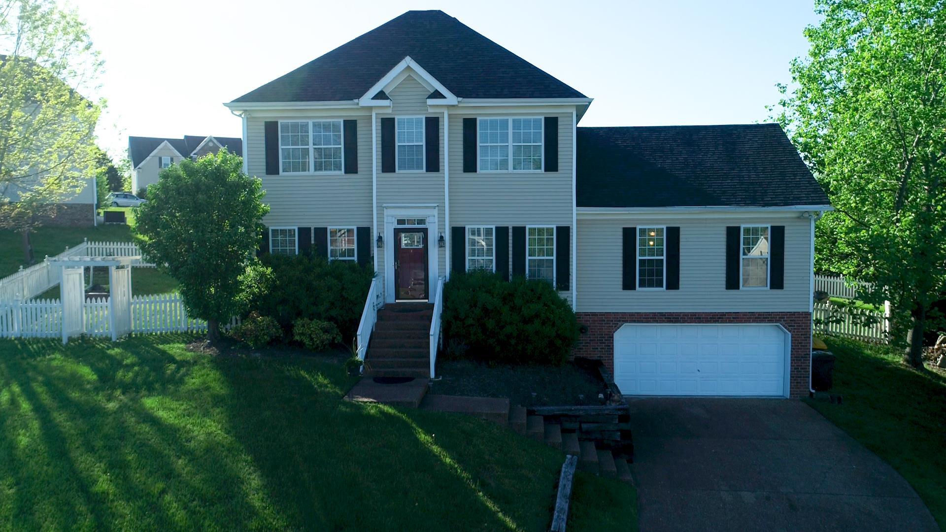 Aston Woods Sec 1 Real Estate Listings Main Image