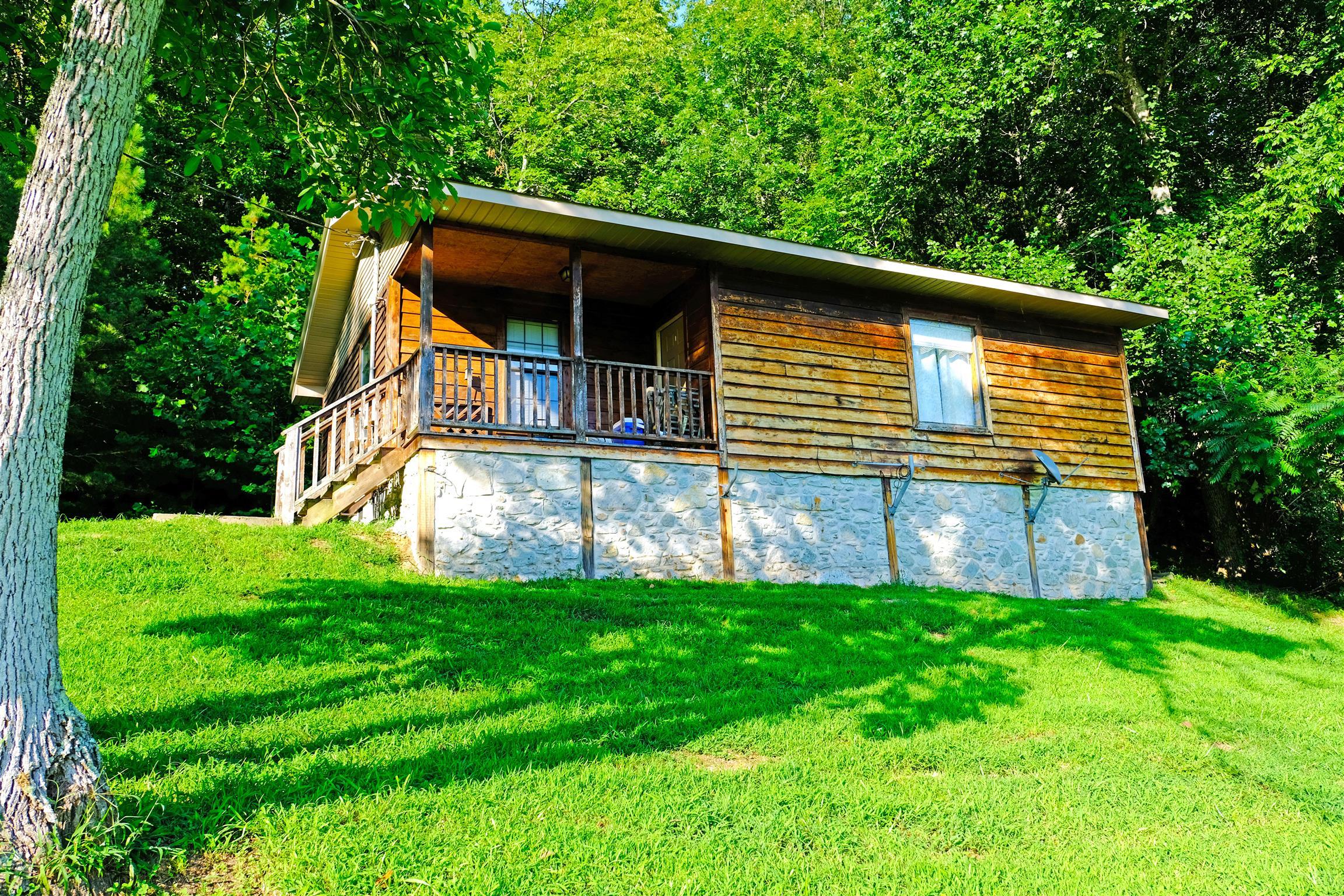 9009 Highway 412 E, Linden, TN 37096 - Linden, TN real estate listing