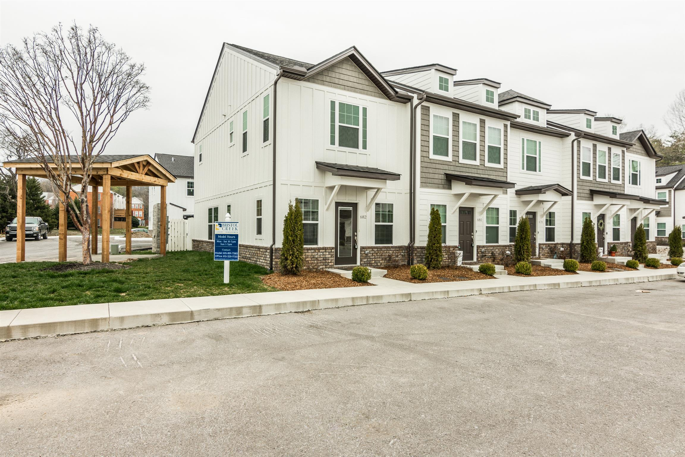 682 Bristol Creek Dr, Nashville, TN 37221 - Nashville, TN real estate listing