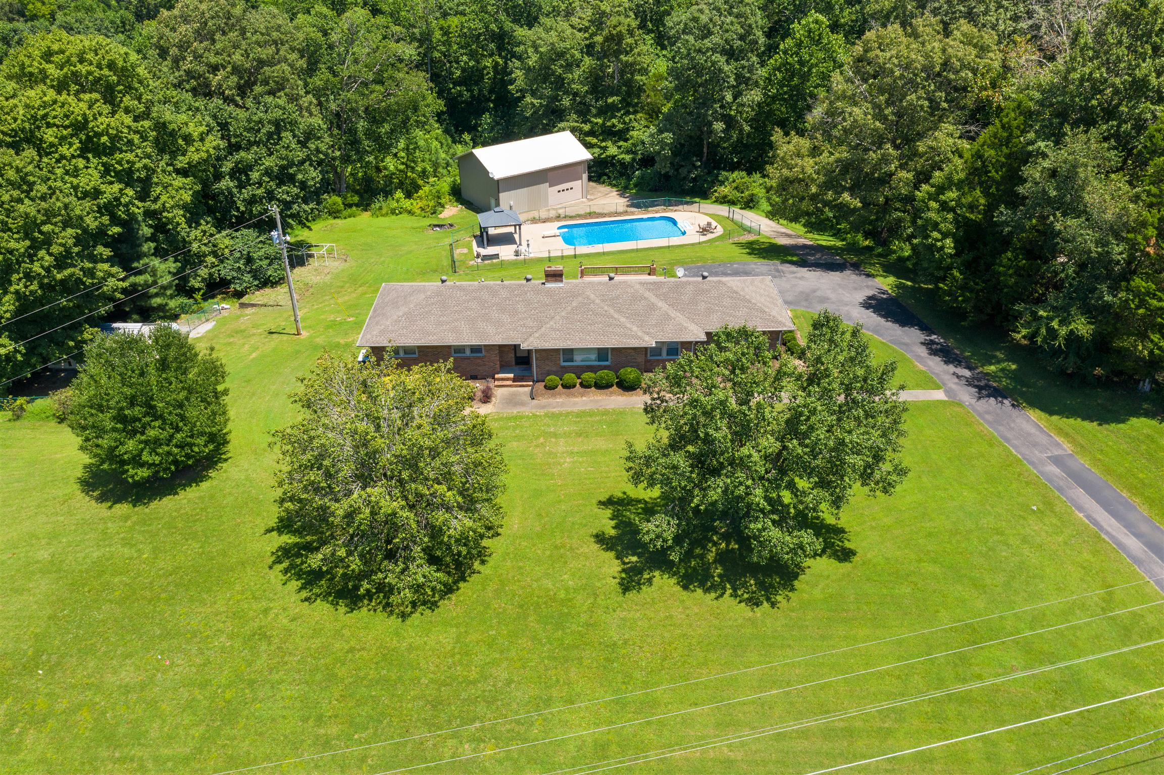 1939 Seven Mile Ferry Rd, Clarksville, TN 37040 - Clarksville, TN real estate listing