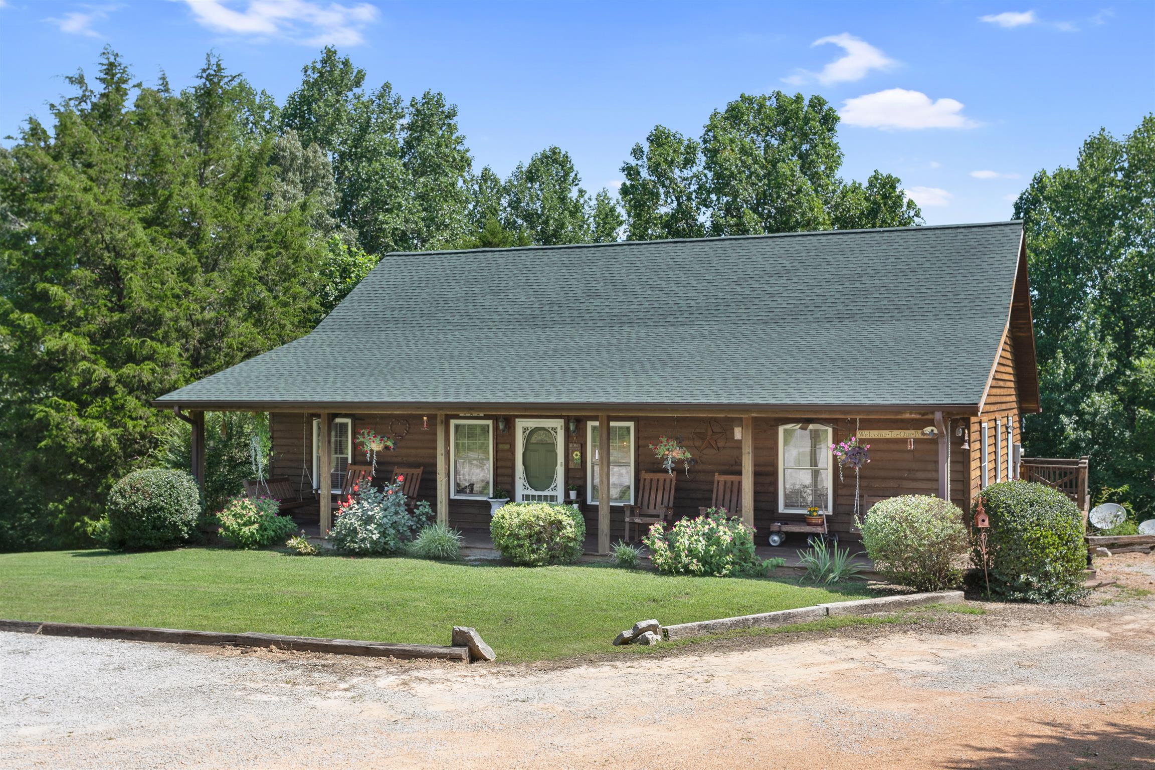 1575 Burns Hill Rd, Lobelville, TN 37097 - Lobelville, TN real estate listing