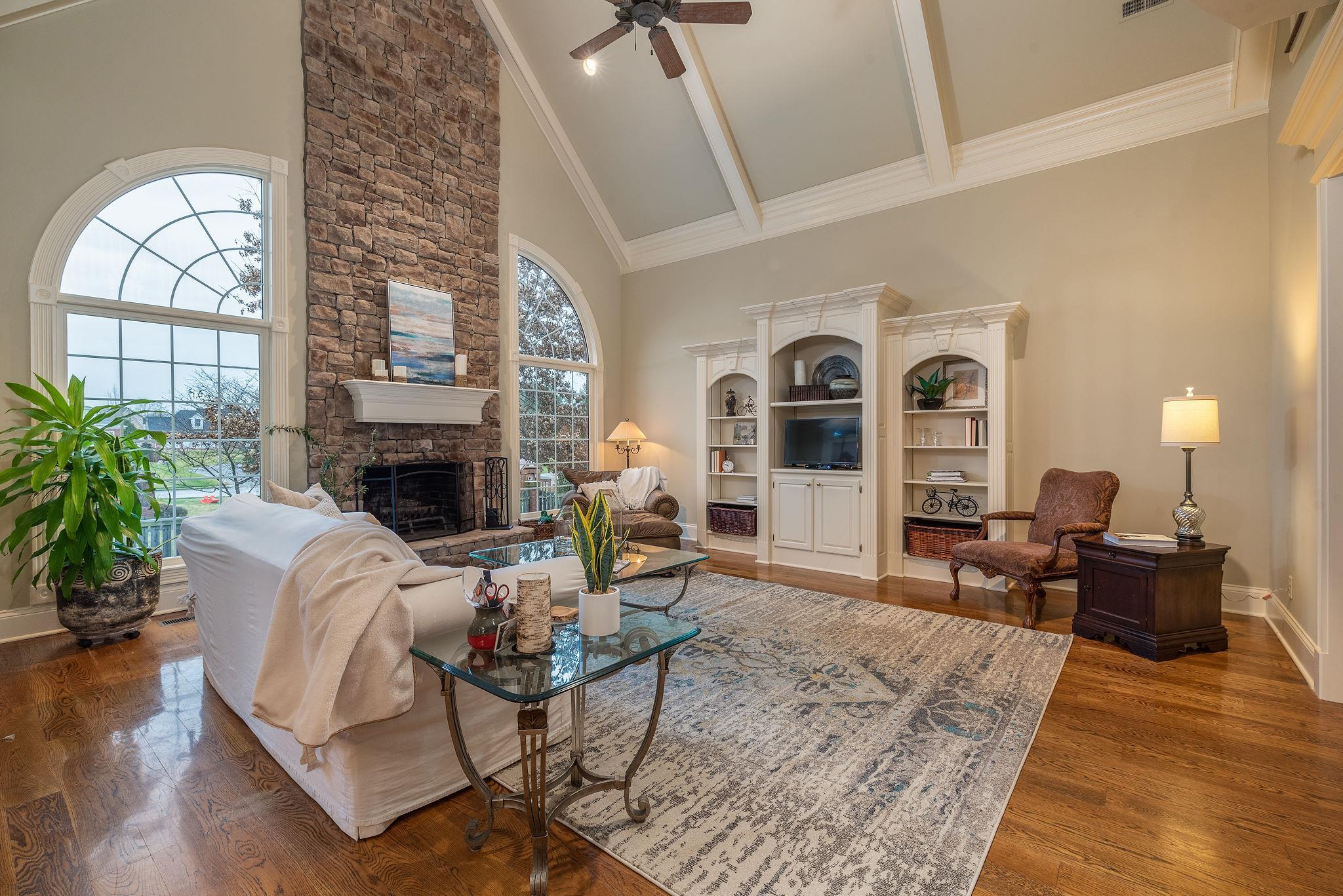 2232 Oakleigh Dr, Murfreesboro, TN 37129 - Murfreesboro, TN real estate listing