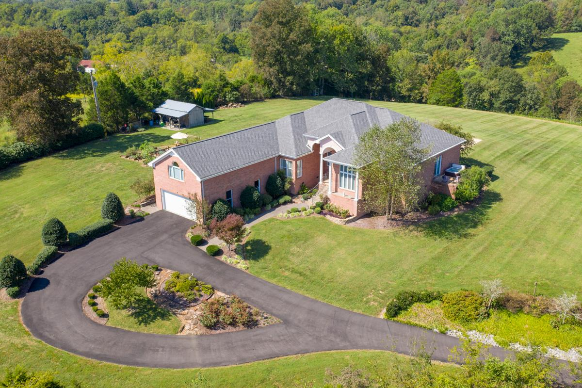 658 Hickory Ridge Rd, Gallatin, TN 37066 - Gallatin, TN real estate listing