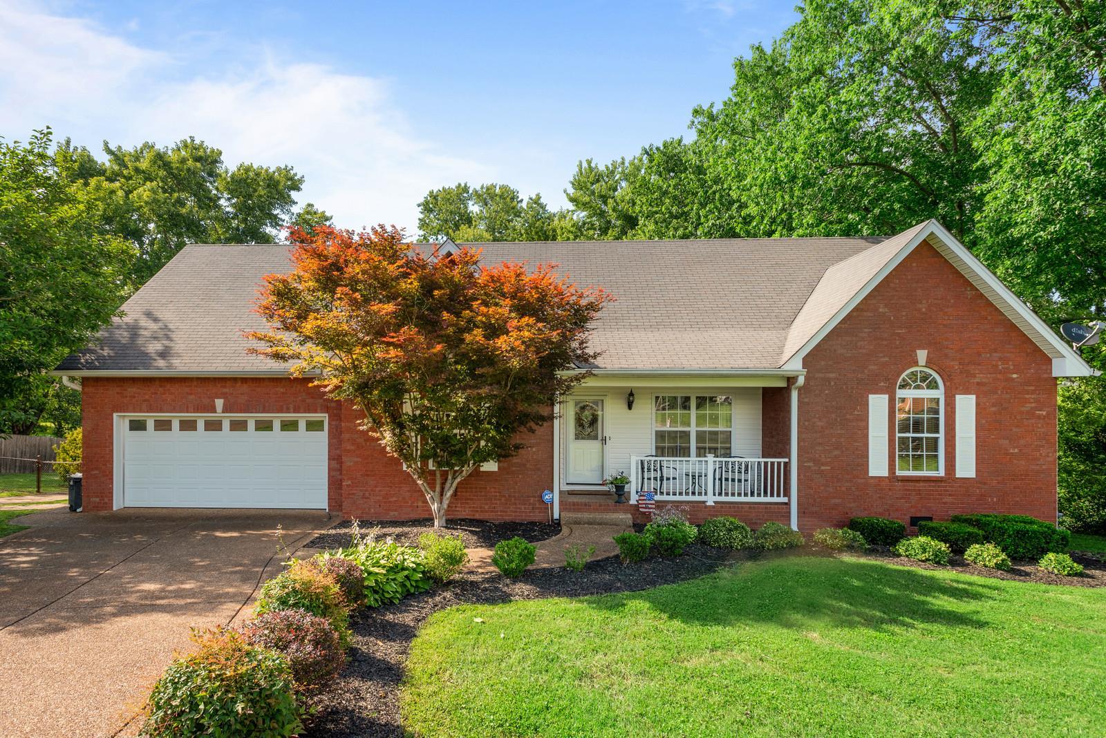 104 Dreamland Dr, Greenbrier, TN 37073 - Greenbrier, TN real estate listing