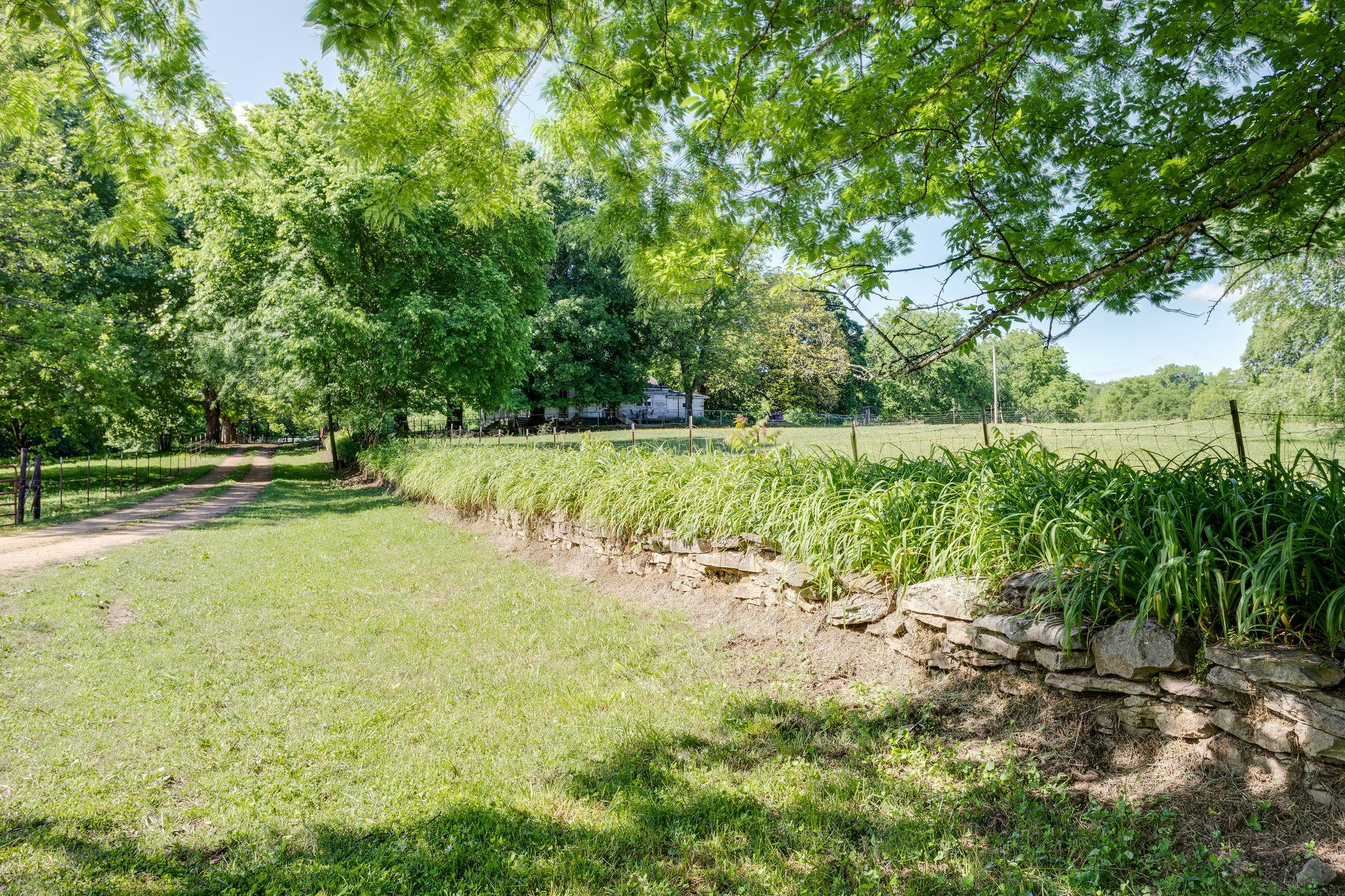 2460 Graham Rd, Culleoka, TN 38451 - Culleoka, TN real estate listing