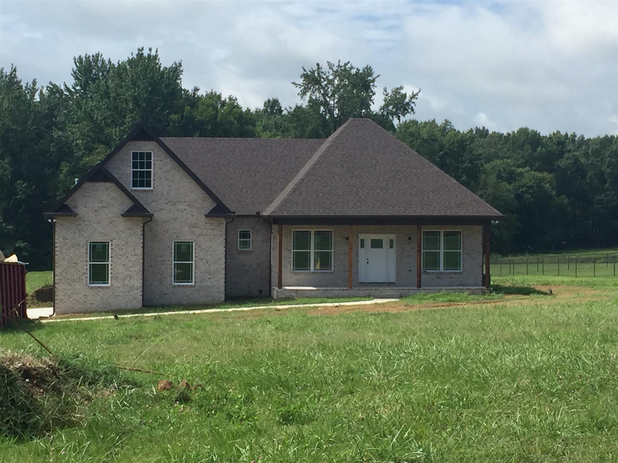515 Tom Link Rd, Cottontown, TN 37048 - Cottontown, TN real estate listing