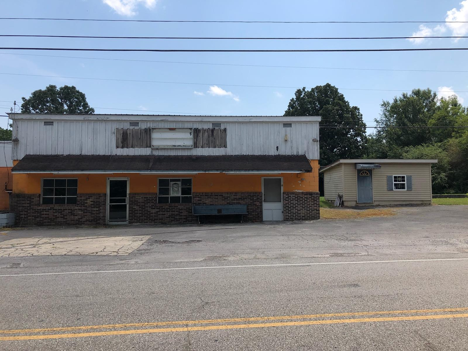 2105 W Lincoln St, Tullahoma, TN 37388 - Tullahoma, TN real estate listing