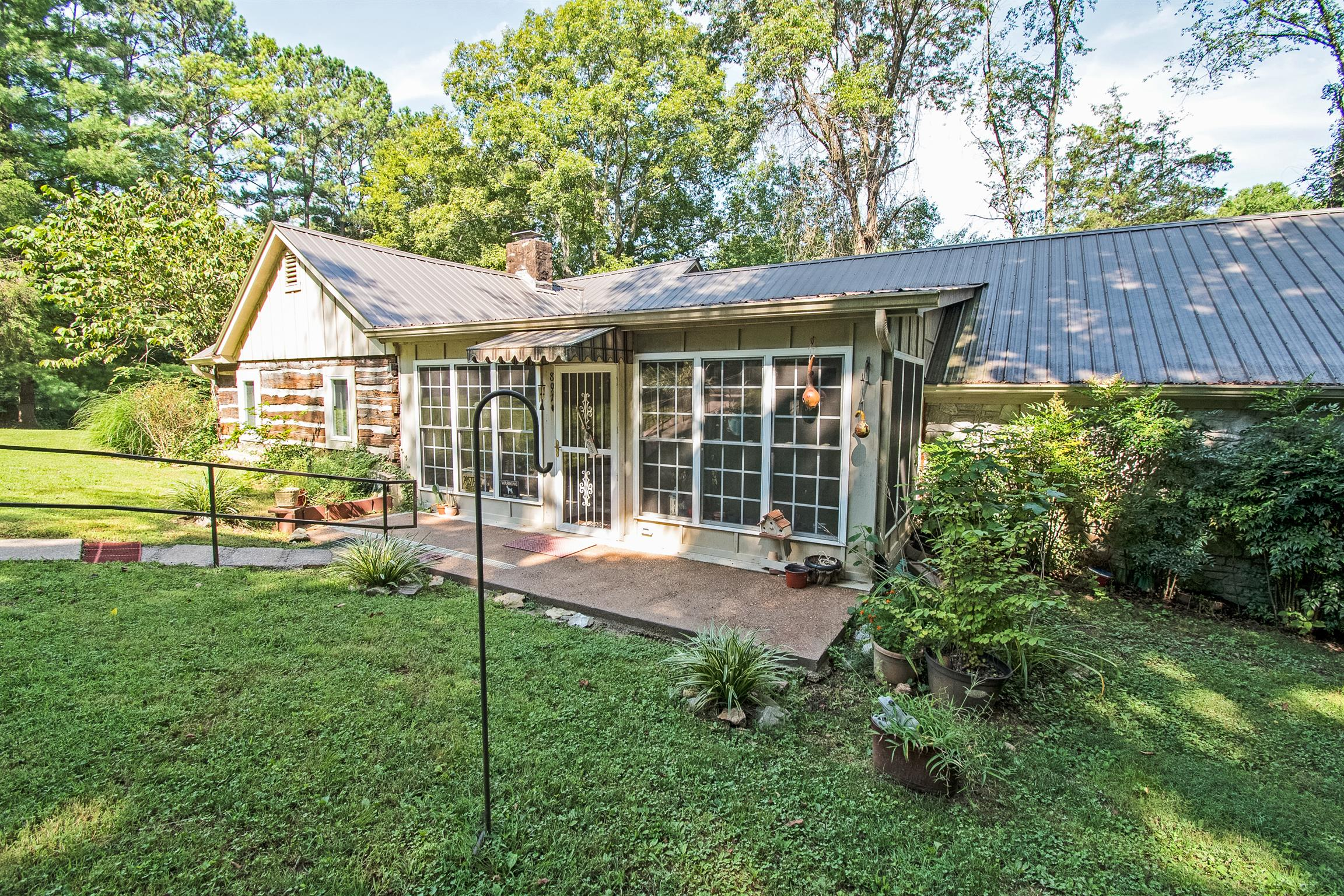 891 Dirt Rd, Clarksville, TN 37040 - Clarksville, TN real estate listing