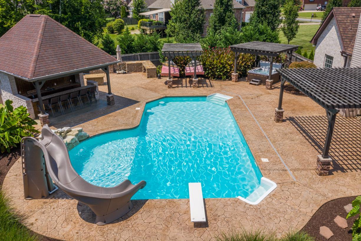 661 Starpoint Drive, Gallatin, TN 37066 - Gallatin, TN real estate listing