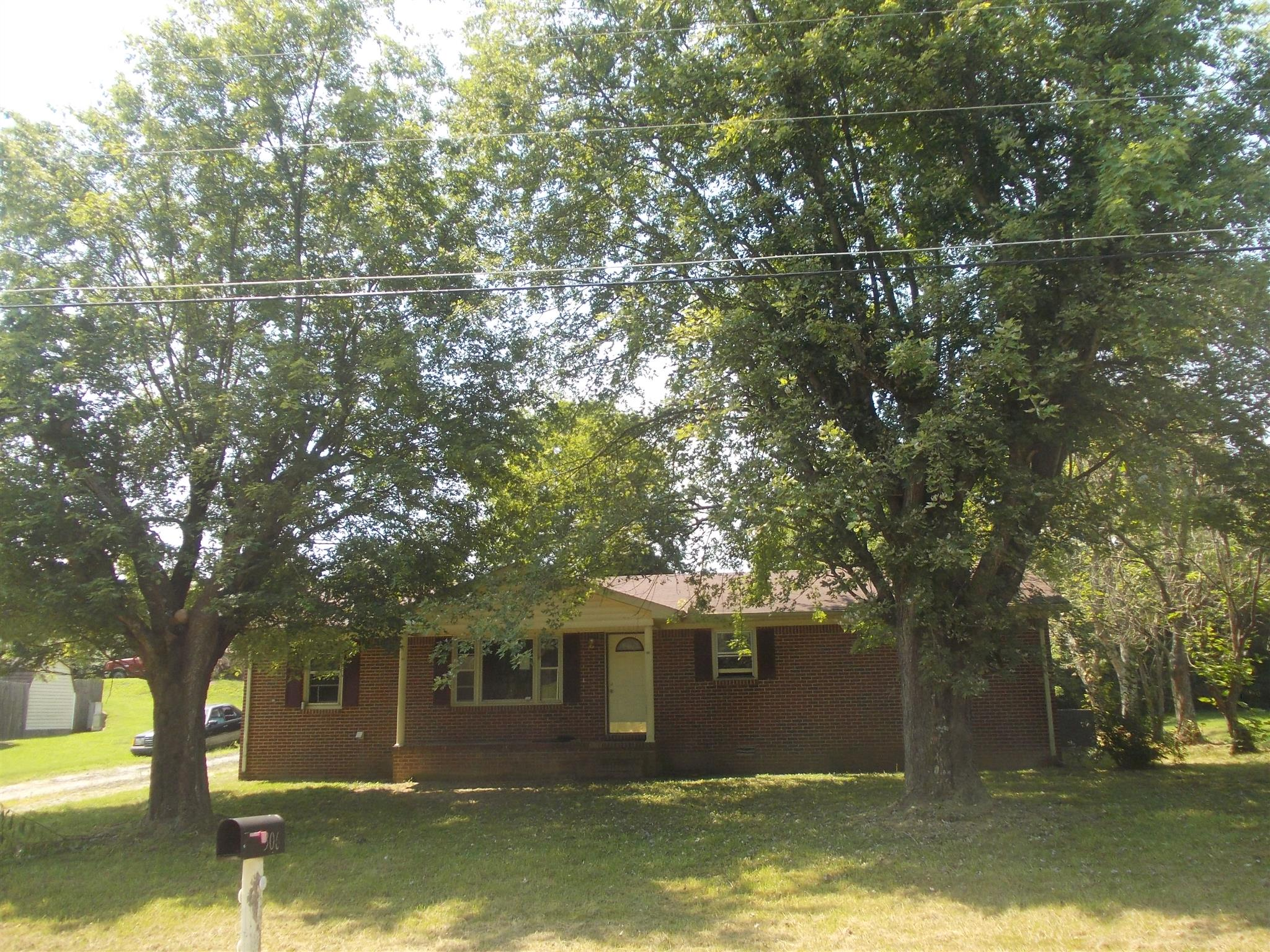 306 Circle Hill Dr, McMinnville, TN 37110 - McMinnville, TN real estate listing