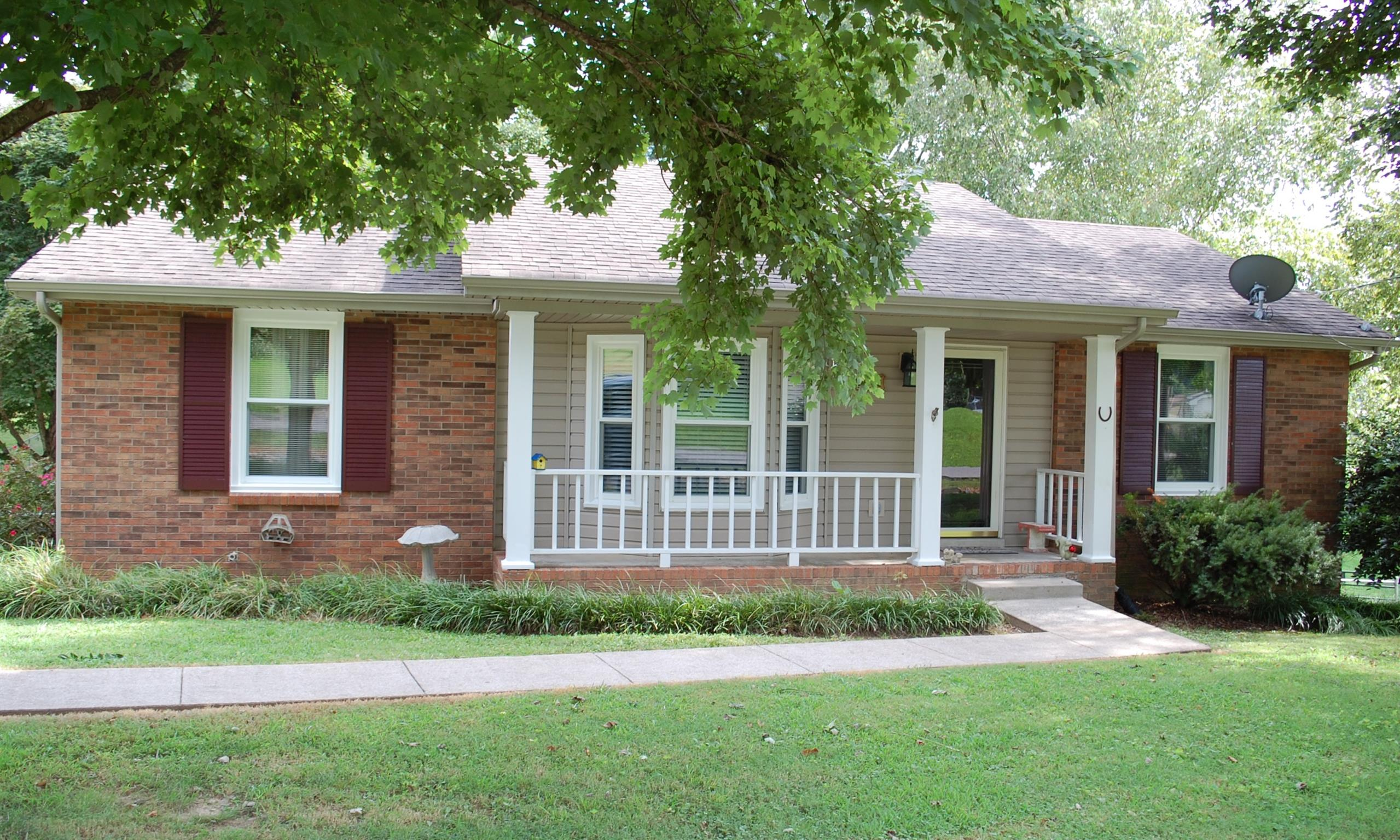 726 Clayton Dr, Clarksville, TN 37040 - Clarksville, TN real estate listing